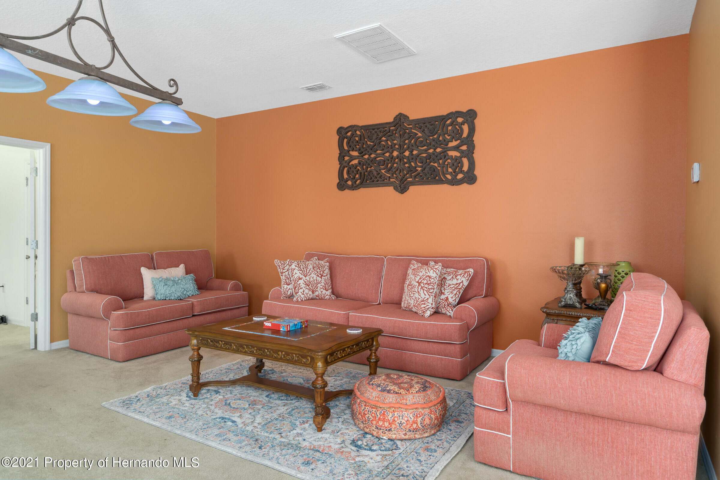 Listing photo id 12 for 16124 Cave Swallow Road