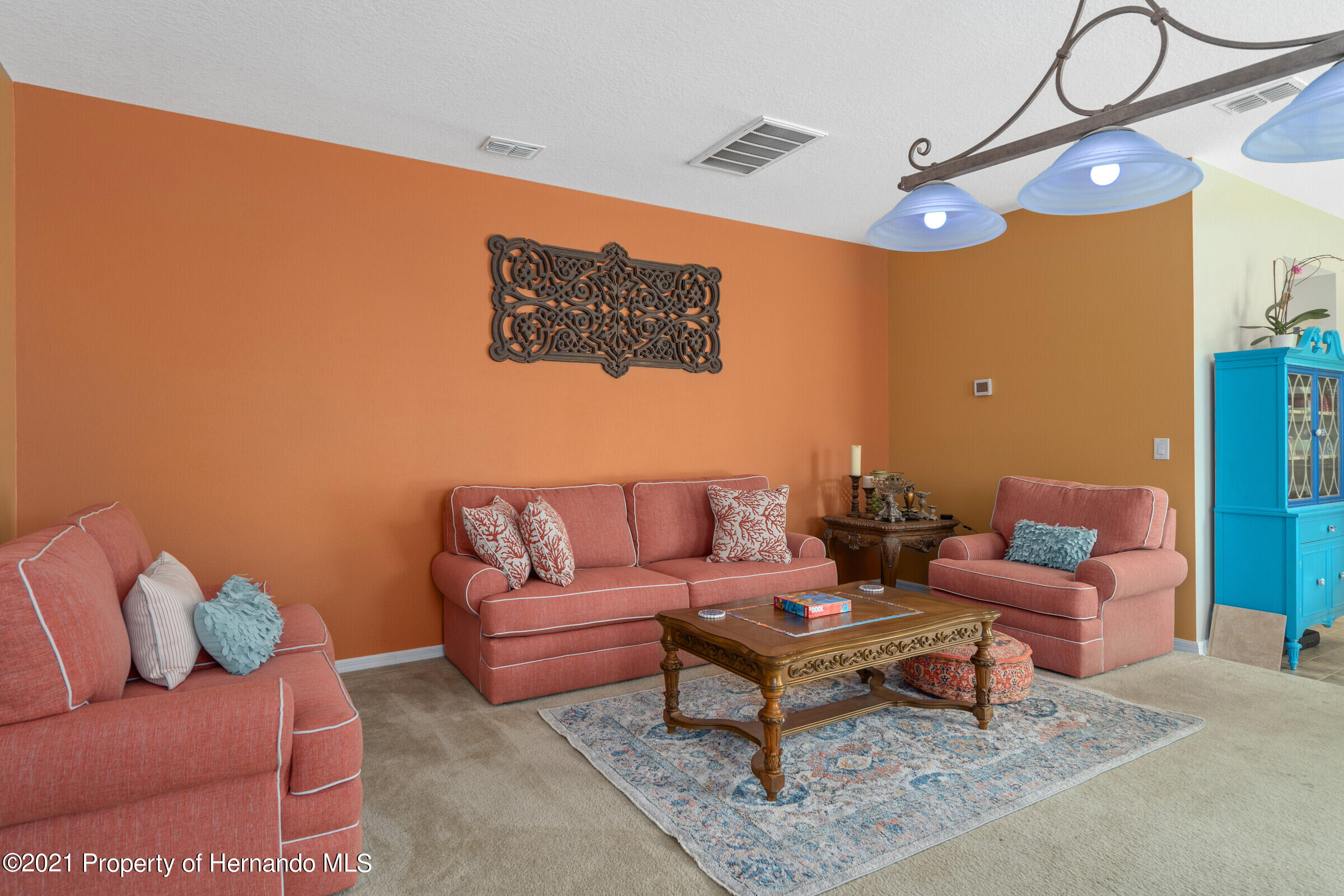 Listing photo id 13 for 16124 Cave Swallow Road