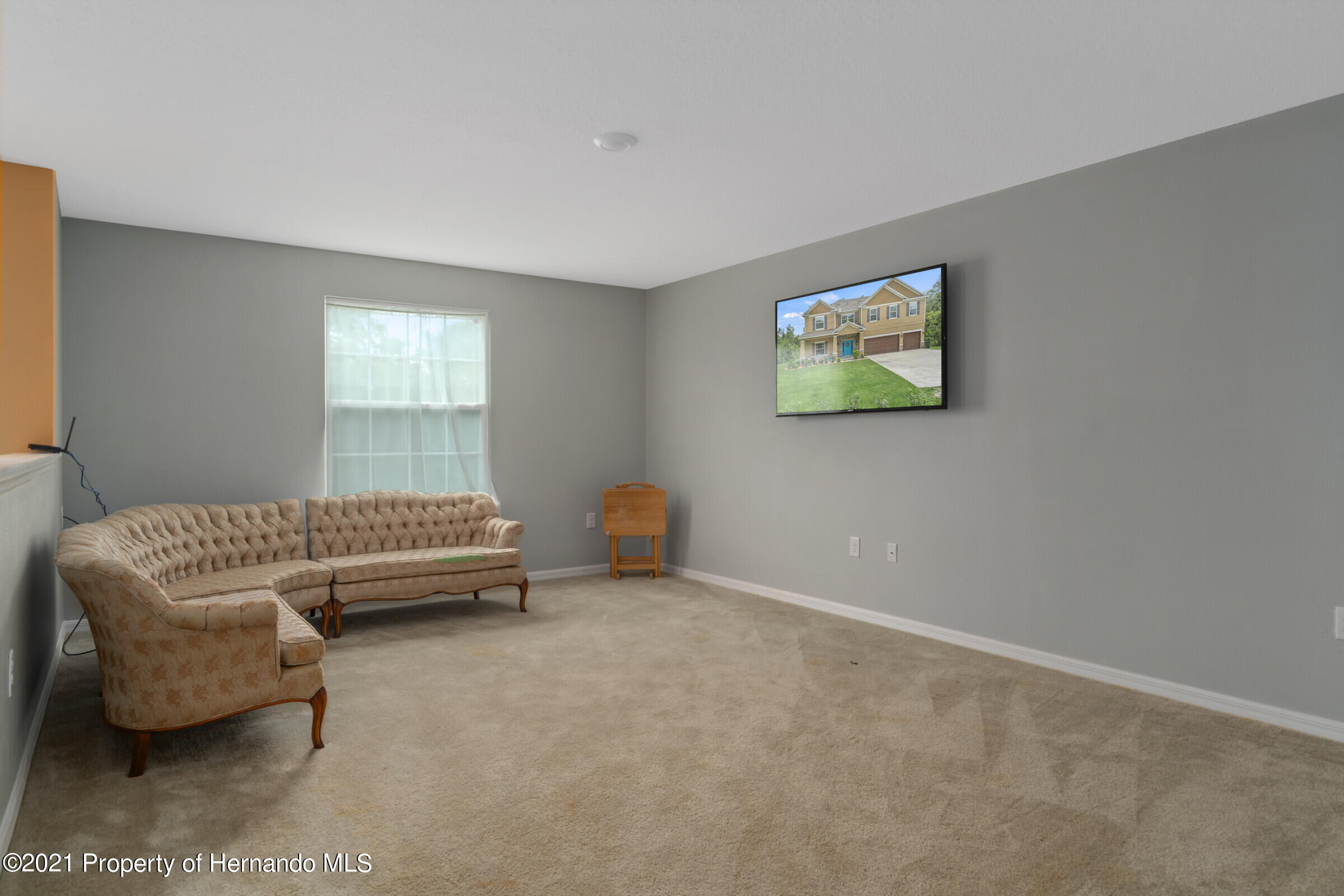 Listing photo id 26 for 16124 Cave Swallow Road