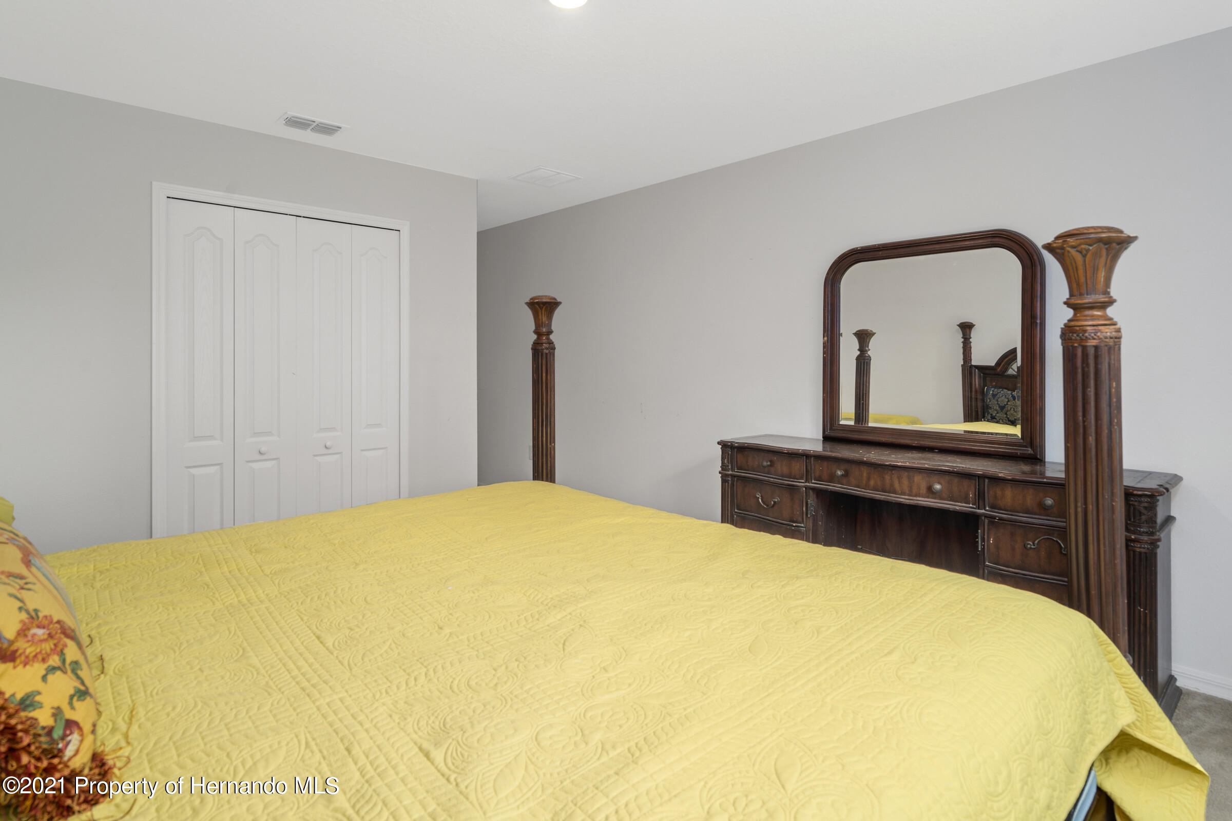 Listing photo id 35 for 16124 Cave Swallow Road