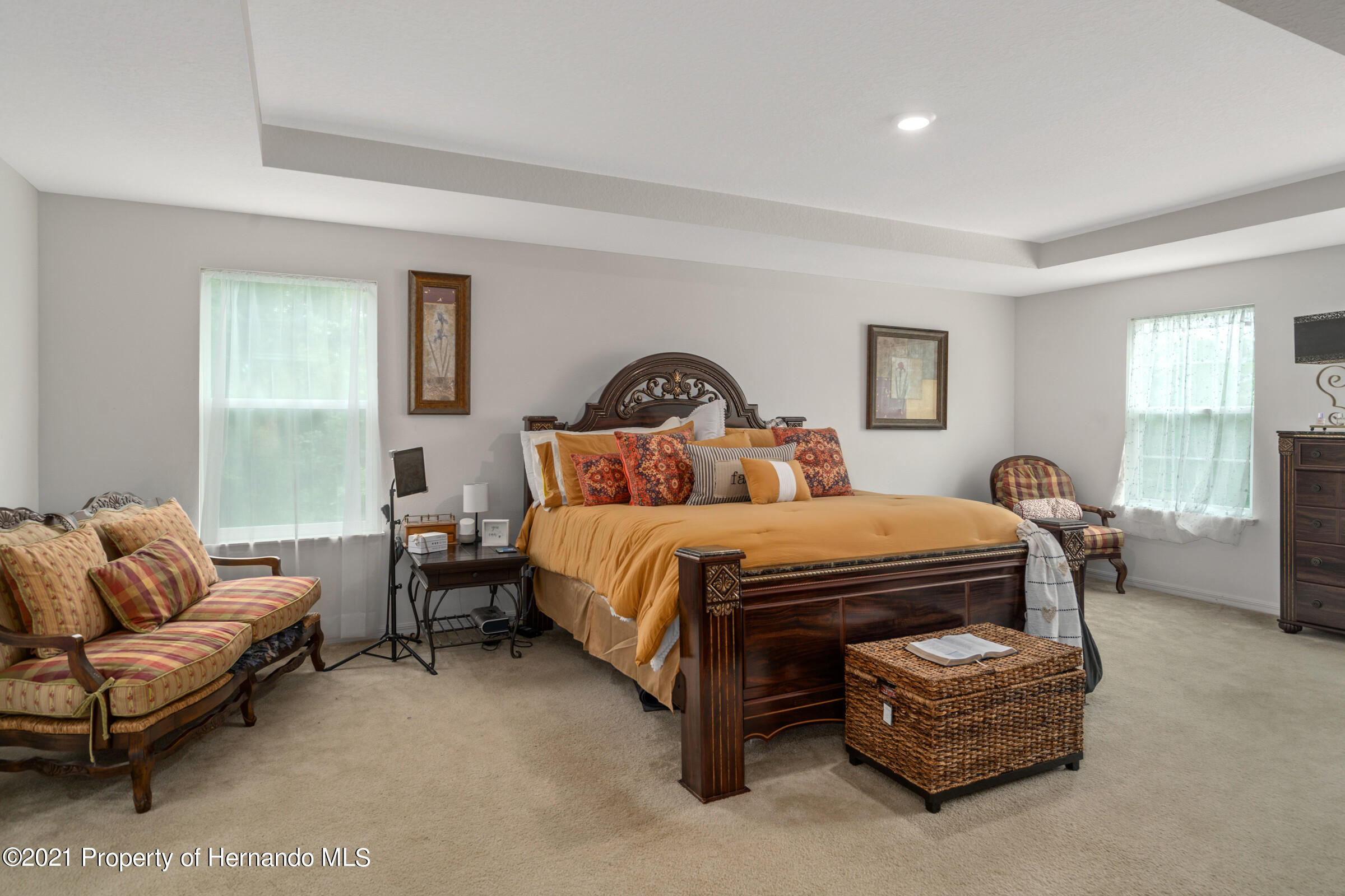 Listing photo id 38 for 16124 Cave Swallow Road
