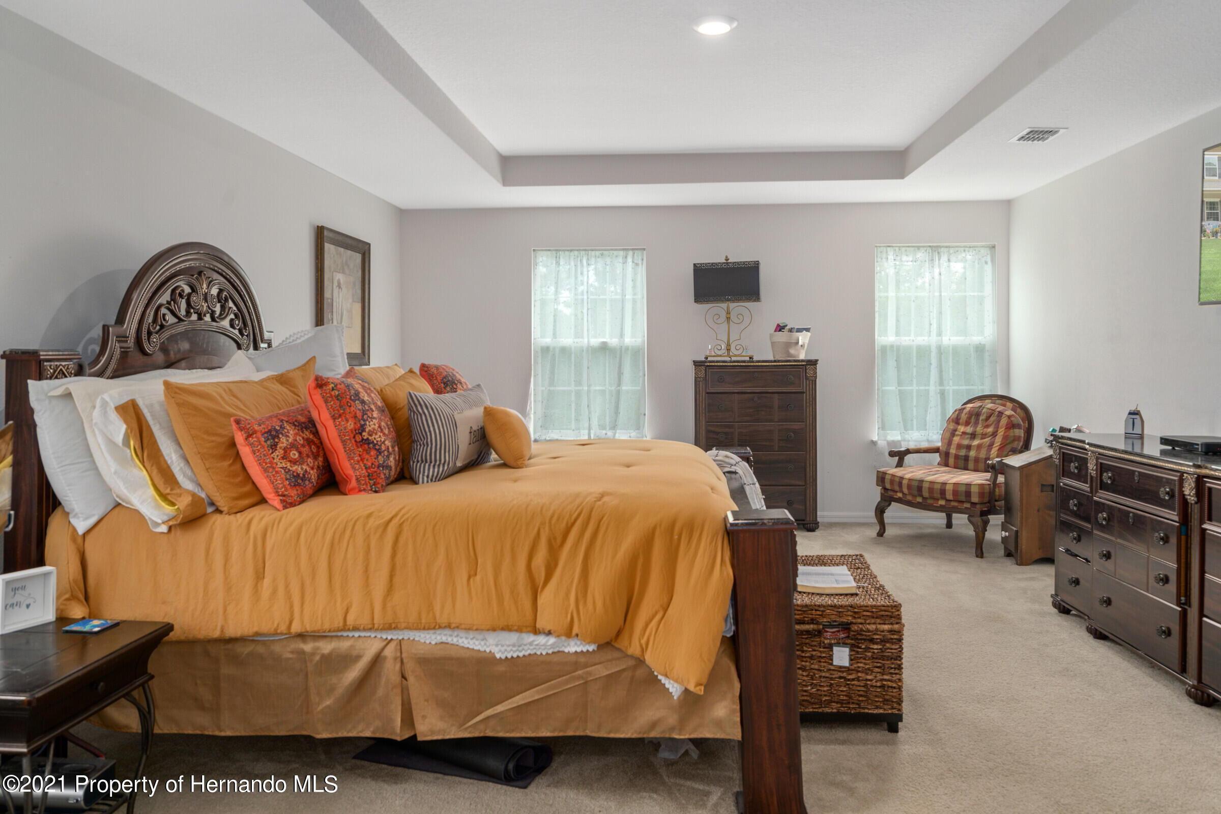 Listing photo id 44 for 16124 Cave Swallow Road