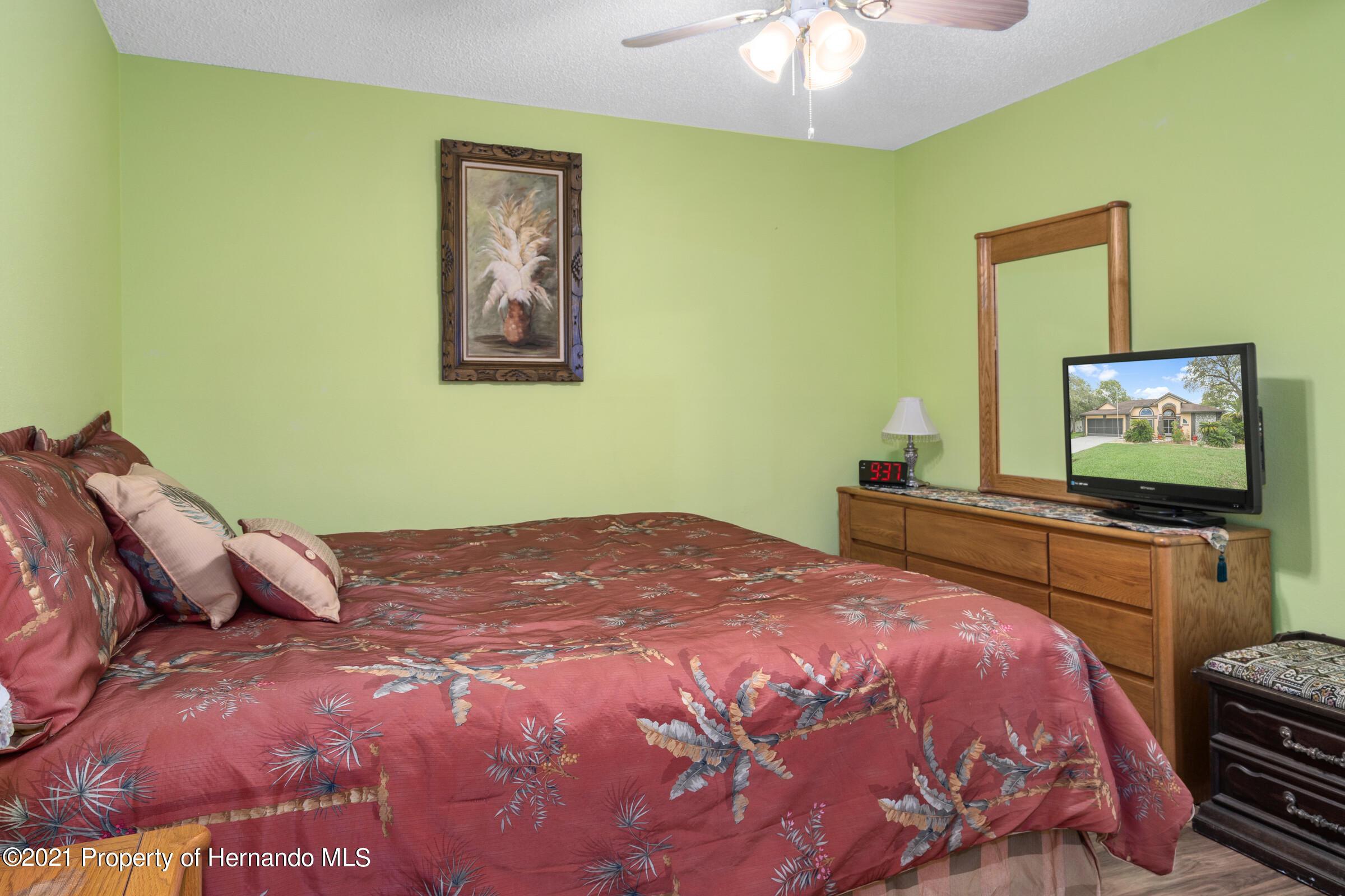 Image 29 For 5050 Gaston Street