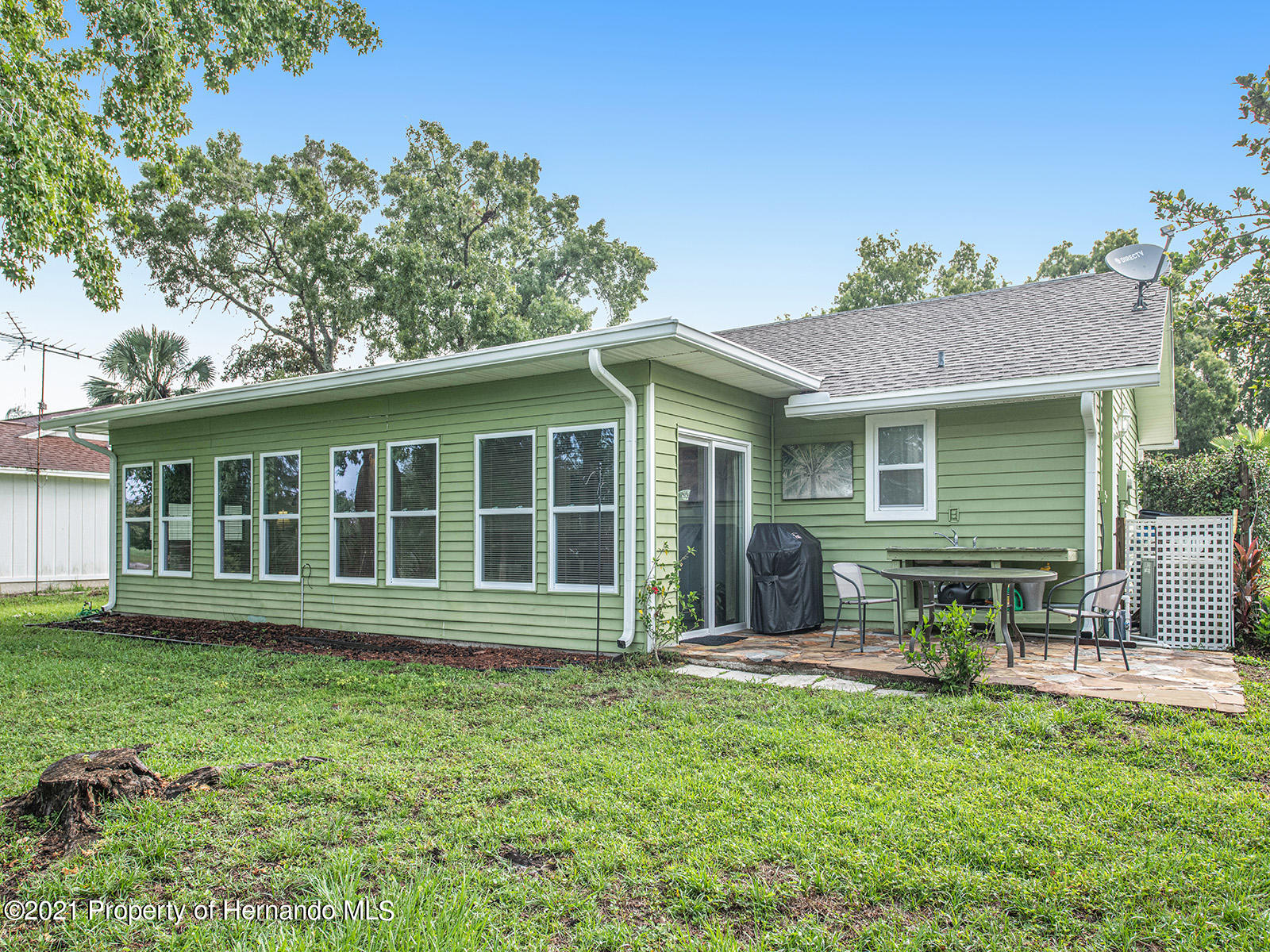 Listing photo id 8 for 7425 Galloway Road