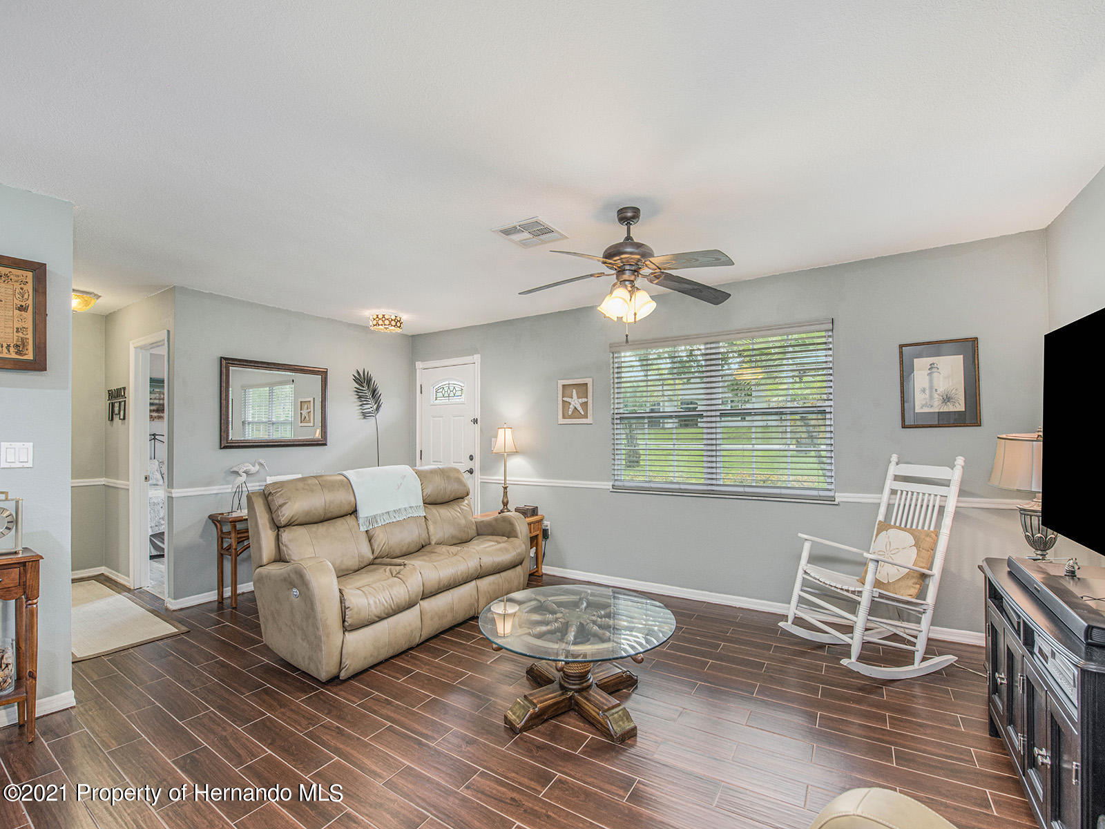 Listing photo id 9 for 7425 Galloway Road