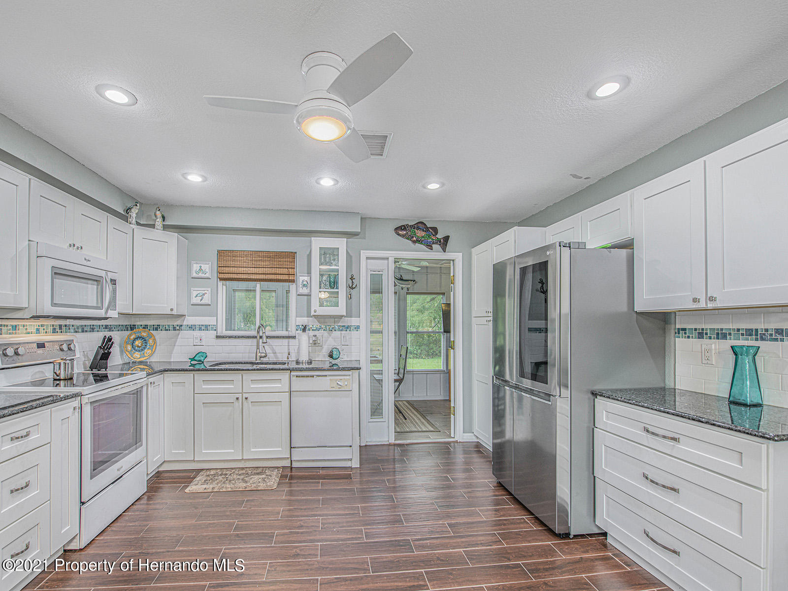 Listing photo id 11 for 7425 Galloway Road