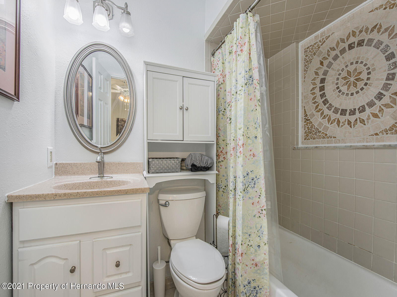 Listing photo id 18 for 7425 Galloway Road