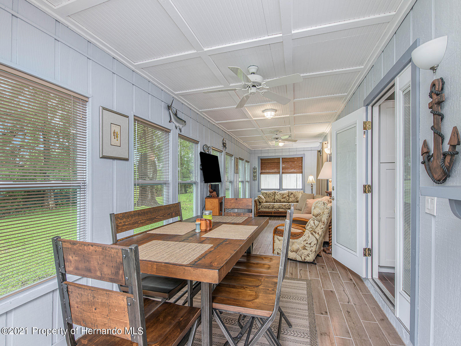Listing photo id 23 for 7425 Galloway Road