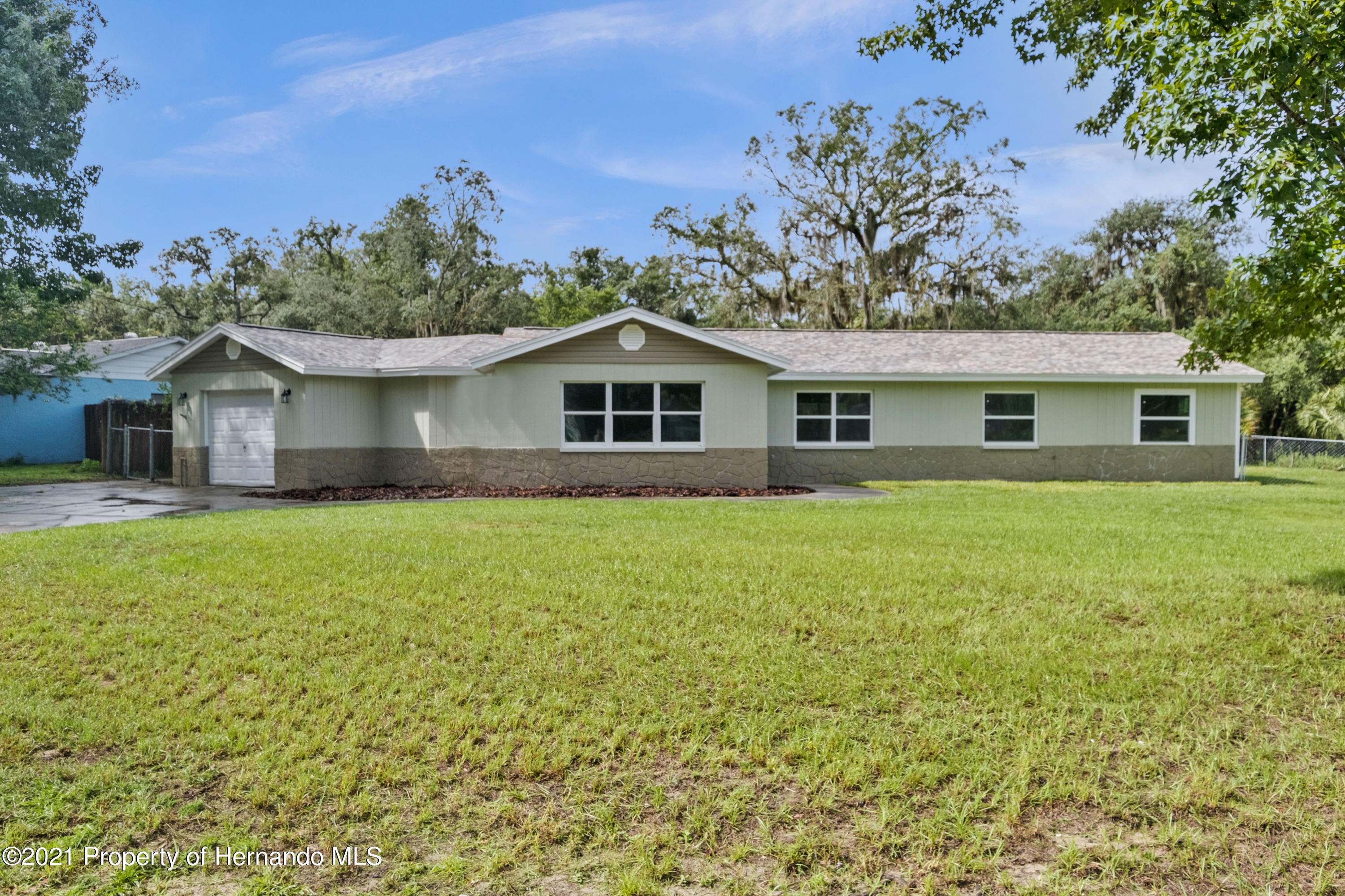 Details for 7825 Holiday Drive, Spring Hill, FL 34606