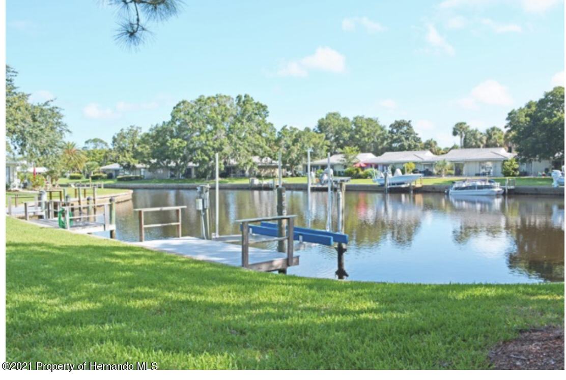 Listing photo id 10 for 11517 W Sandpiper Court