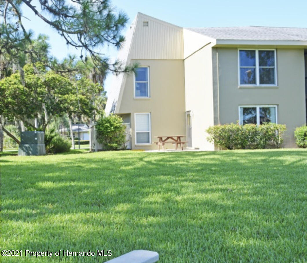 Listing photo id 14 for 11517 W Sandpiper Court