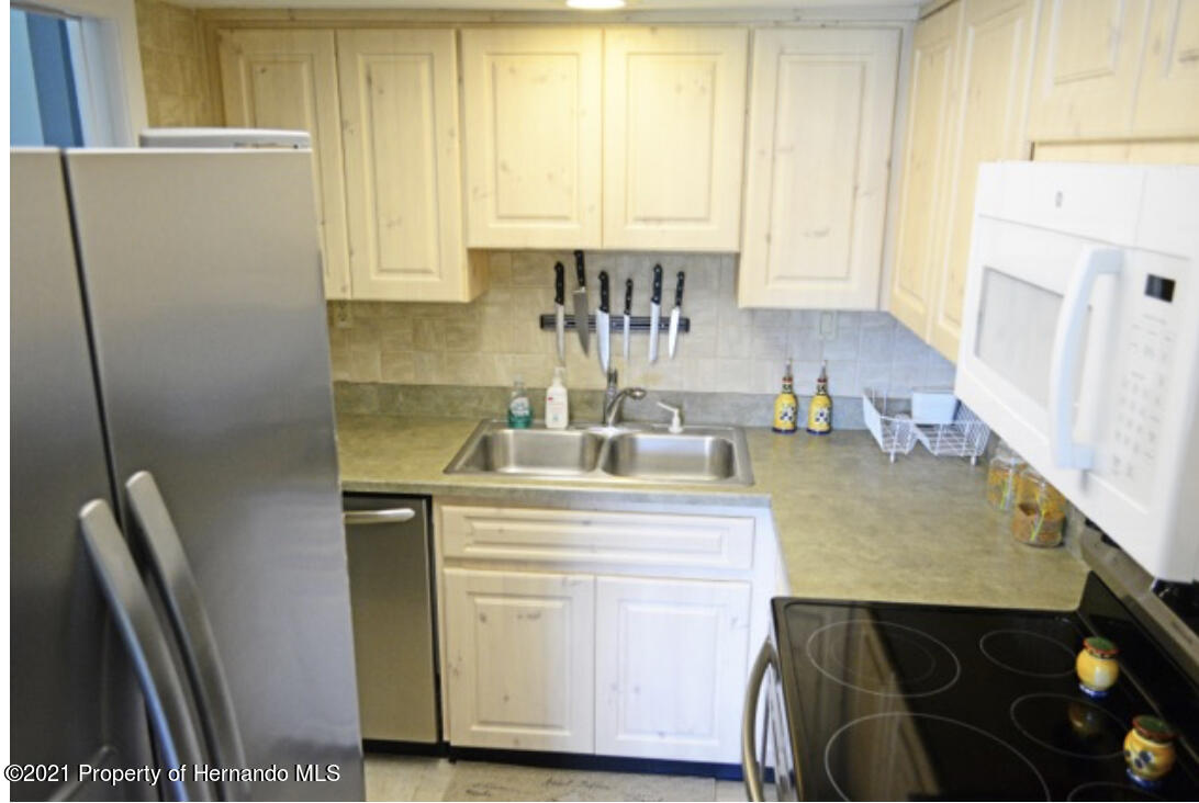 Listing photo id 17 for 11517 W Sandpiper Court
