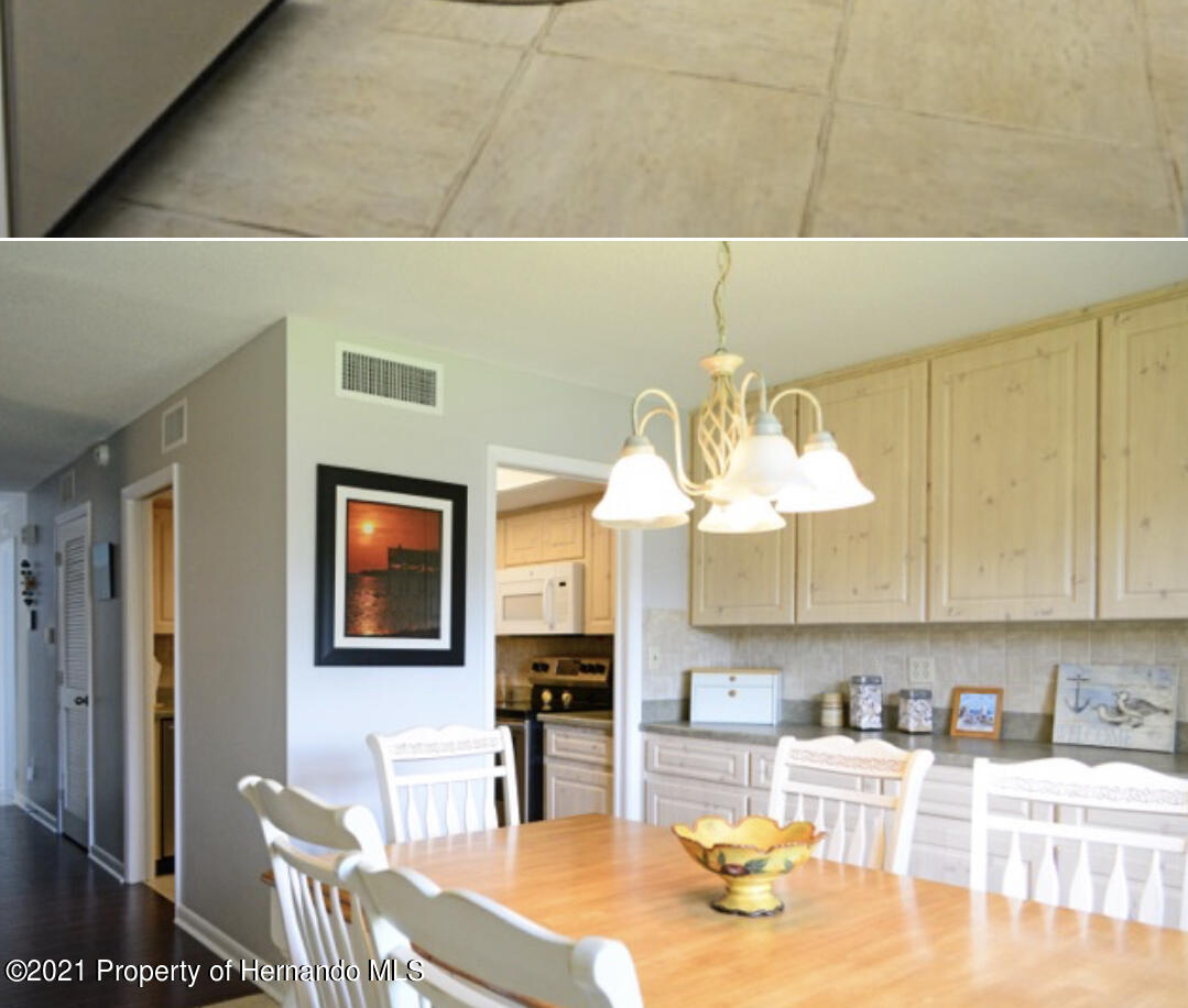 Listing photo id 18 for 11517 W Sandpiper Court