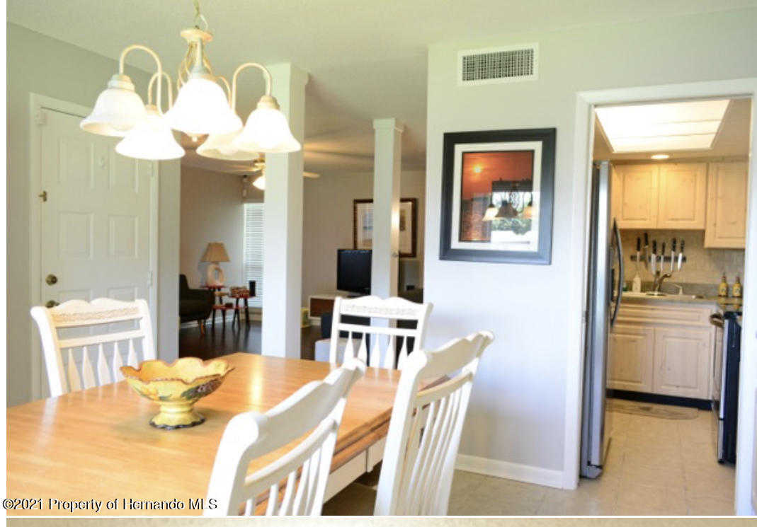Listing photo id 23 for 11517 W Sandpiper Court