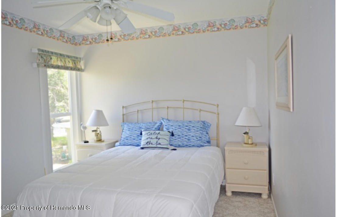 Listing photo id 31 for 11517 W Sandpiper Court
