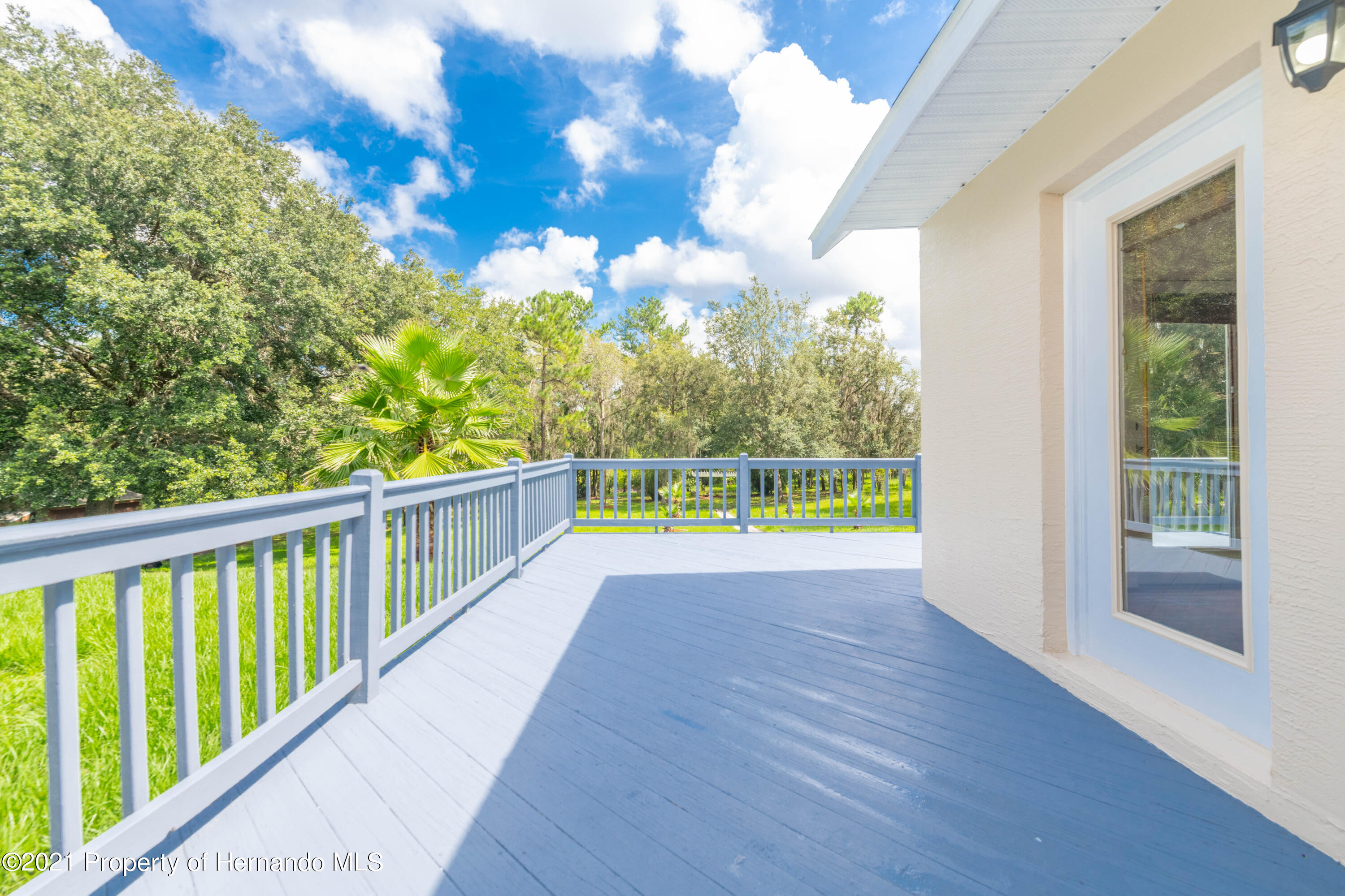 Listing photo id 14 for 22093 Carr Creek Drive