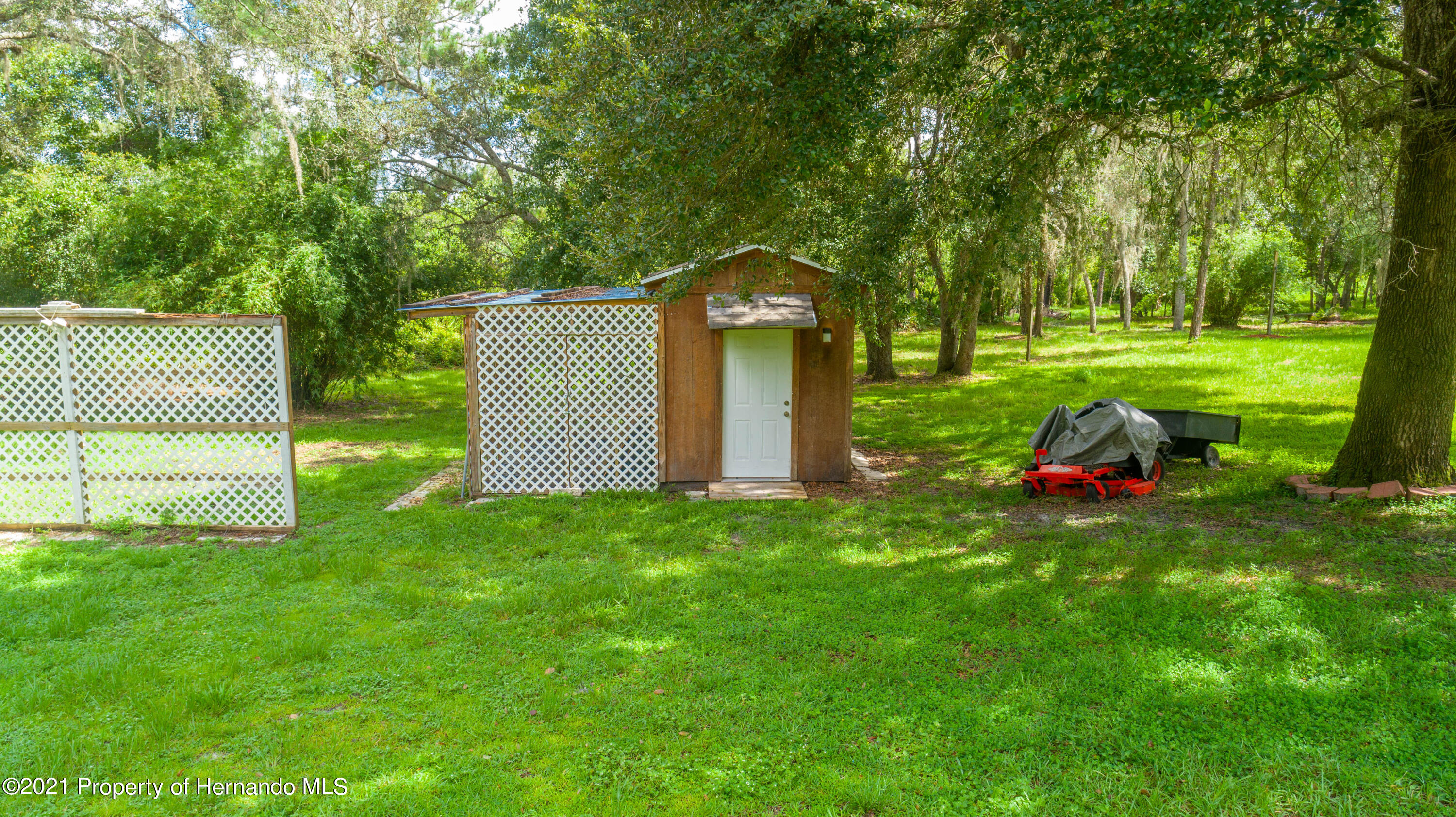 Listing photo id 18 for 22093 Carr Creek Drive