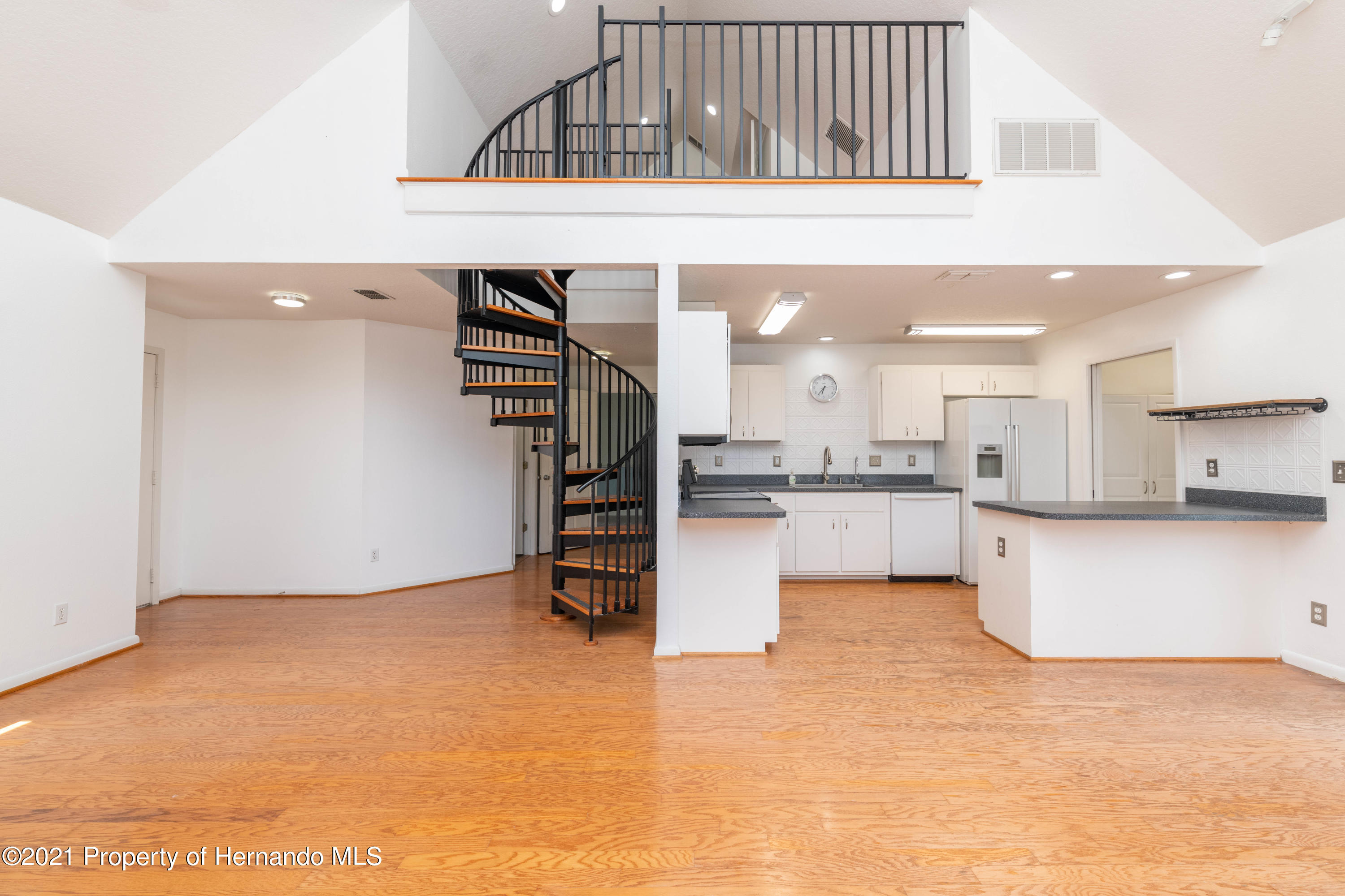 Listing photo id 29 for 22093 Carr Creek Drive