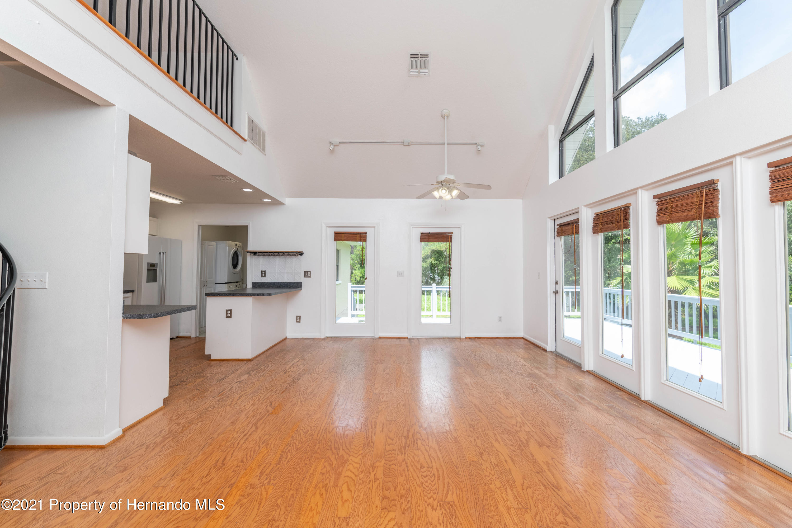 Listing photo id 30 for 22093 Carr Creek Drive