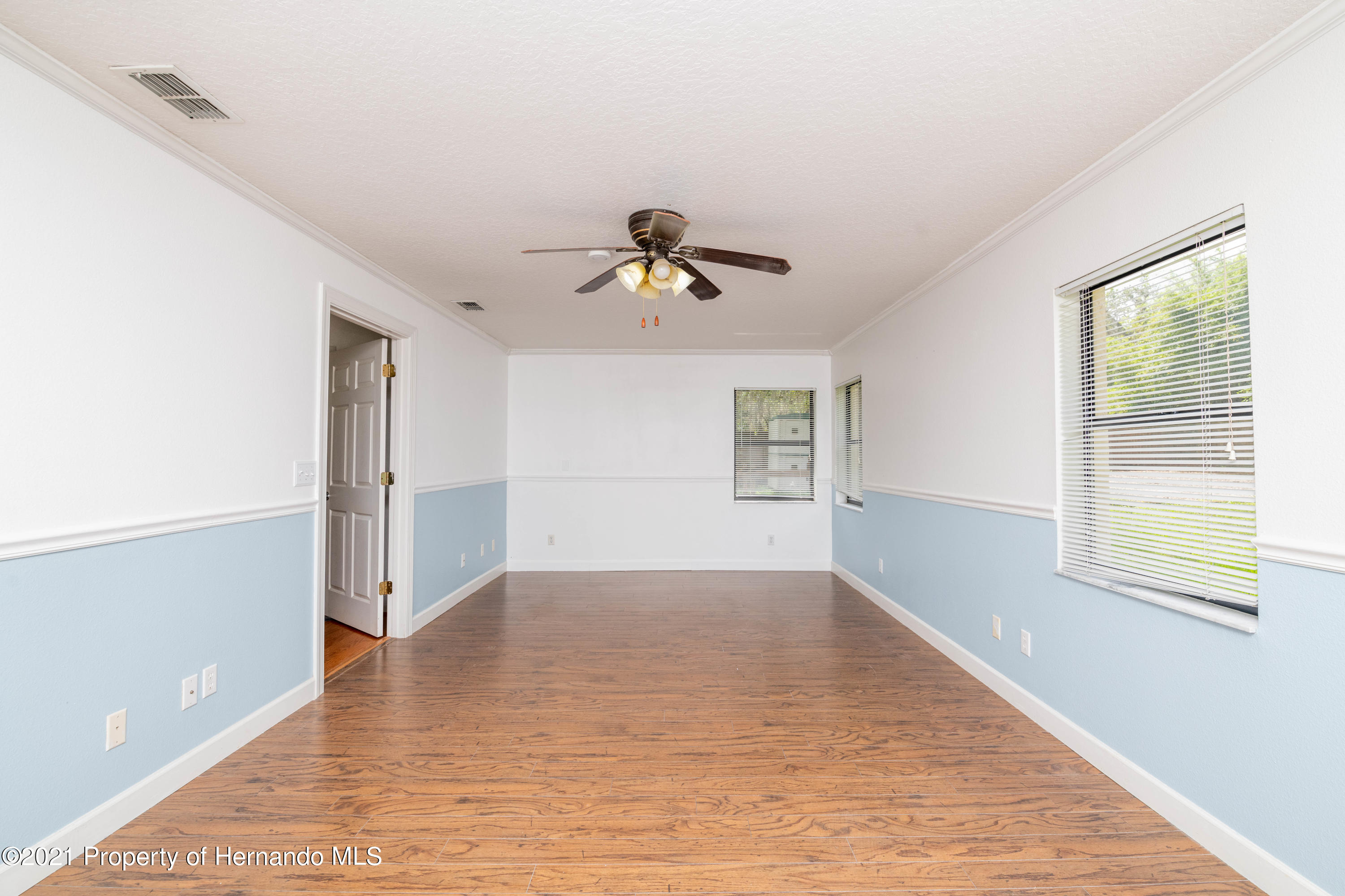 Listing photo id 33 for 22093 Carr Creek Drive