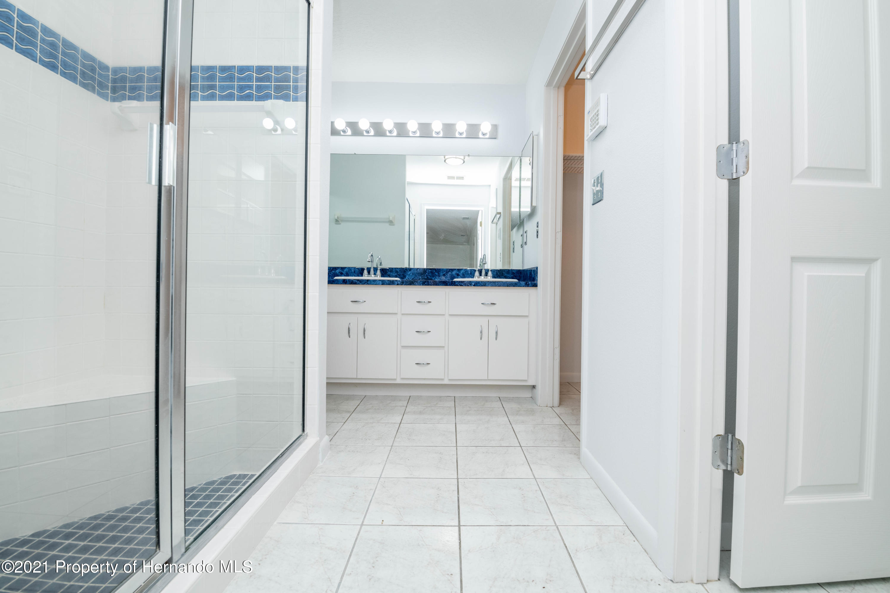 Listing photo id 35 for 22093 Carr Creek Drive