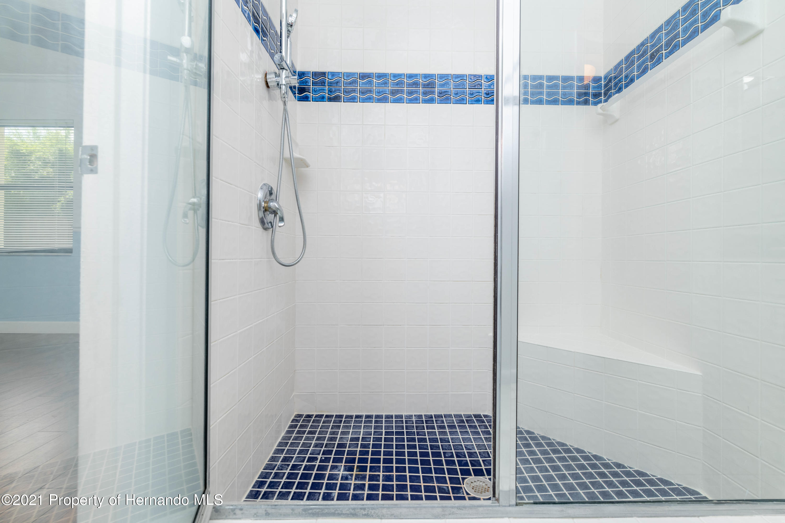Listing photo id 36 for 22093 Carr Creek Drive
