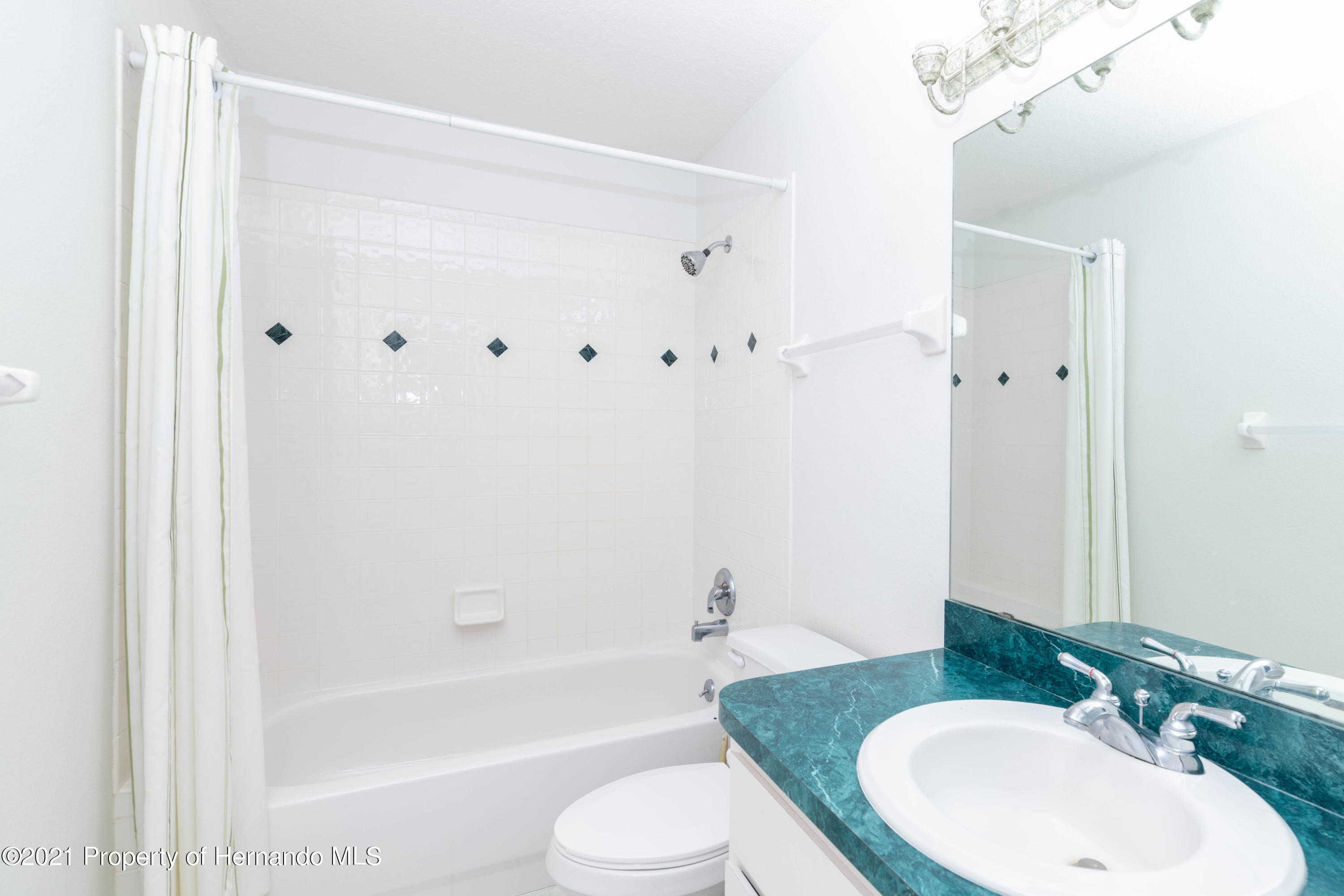 Listing photo id 40 for 22093 Carr Creek Drive
