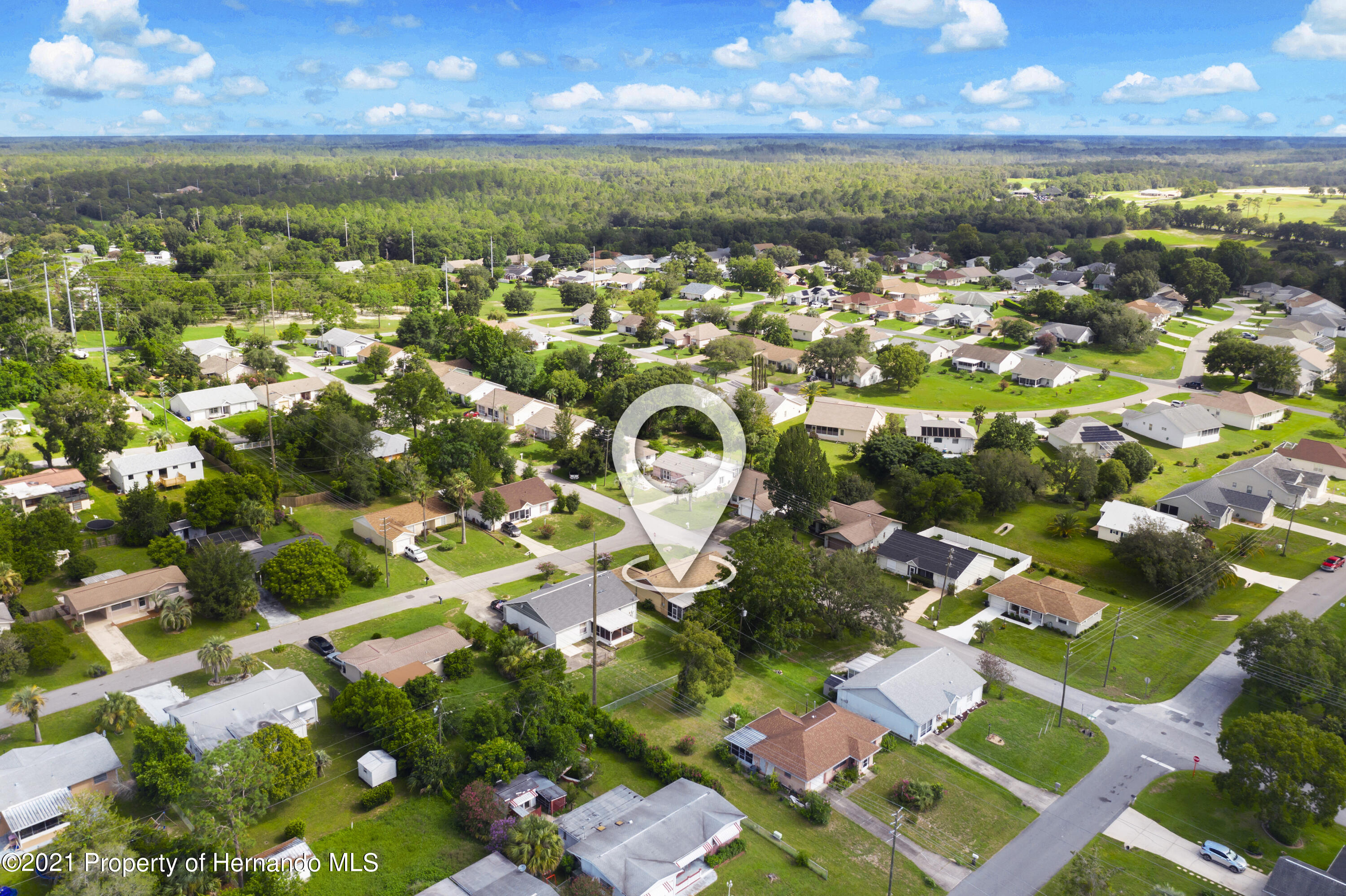 Listing photo id 30 for 4229 N Fillmore Street