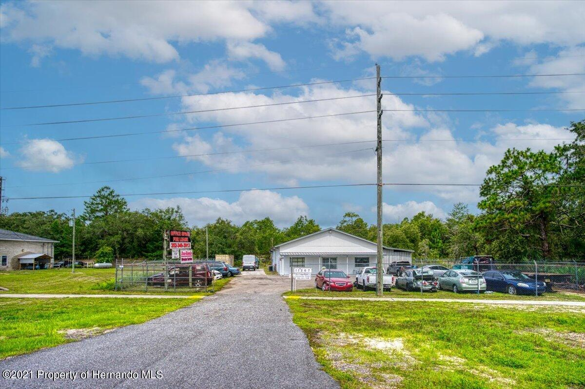 Details for 11627 Commercial Way, Brooksville, FL 34613