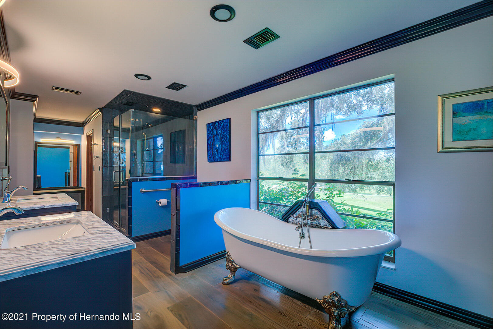 Listing photo id 23 for 4450 Spring Lake Highway