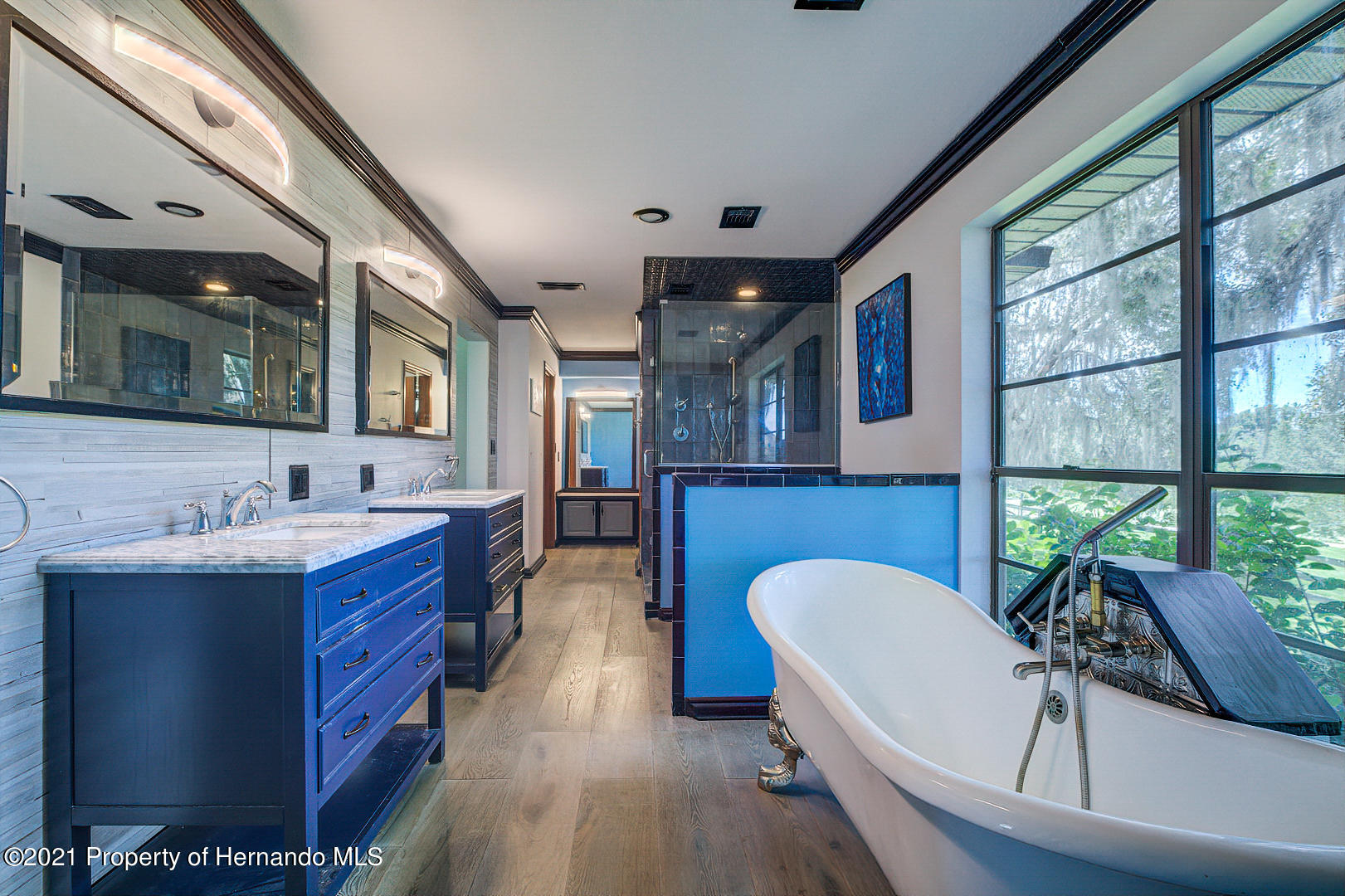 Listing photo id 24 for 4450 Spring Lake Highway