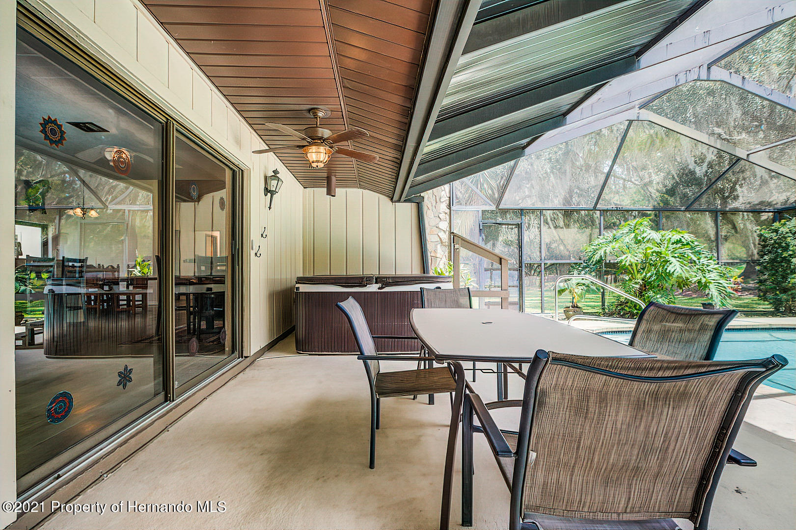 Listing photo id 37 for 4450 Spring Lake Highway