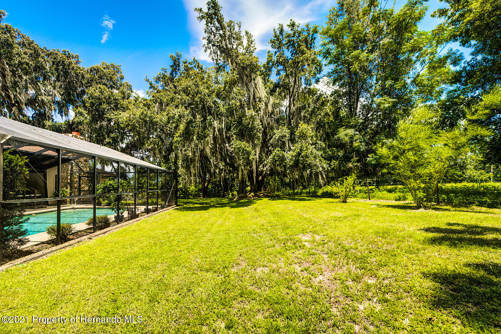 Listing photo id 43 for 4450 Spring Lake Highway