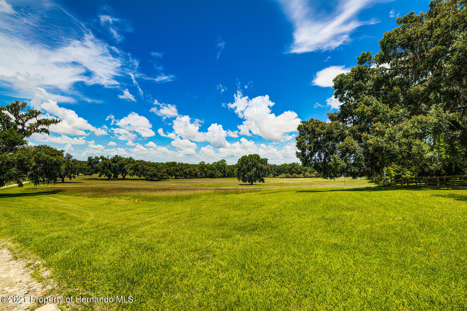 Listing photo id 47 for 4450 Spring Lake Highway