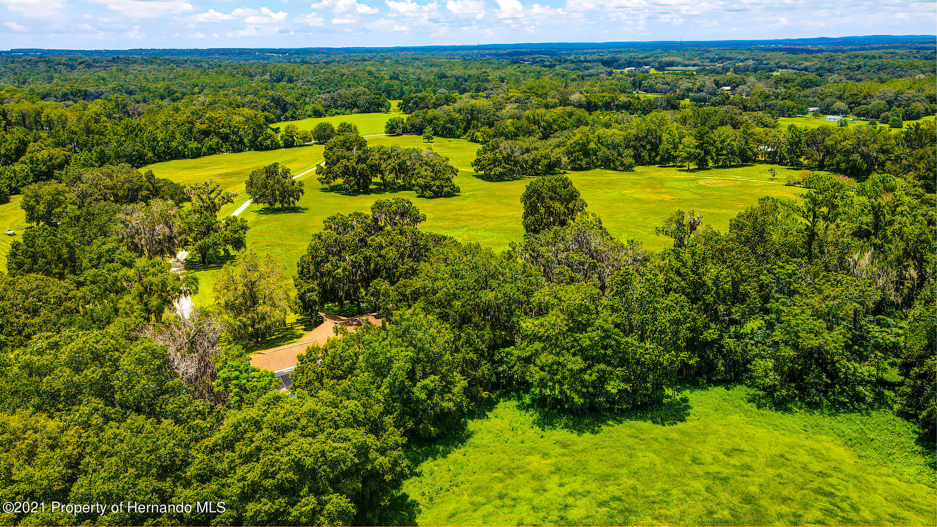 Listing photo id 51 for 4450 Spring Lake Highway
