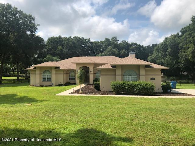 Listing Details for 26142 Mountainview Boulevard, Brooksville, FL 34602