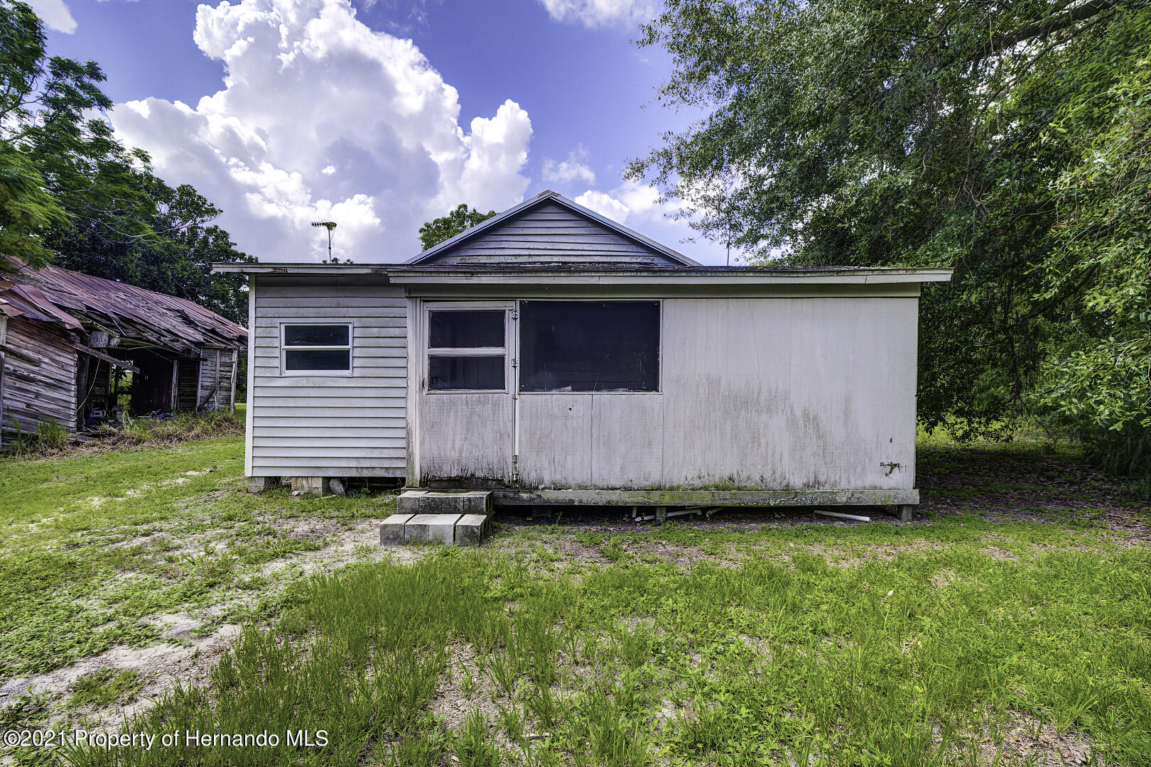 Listing photo id 19 for 103 Griffin Quarters Road