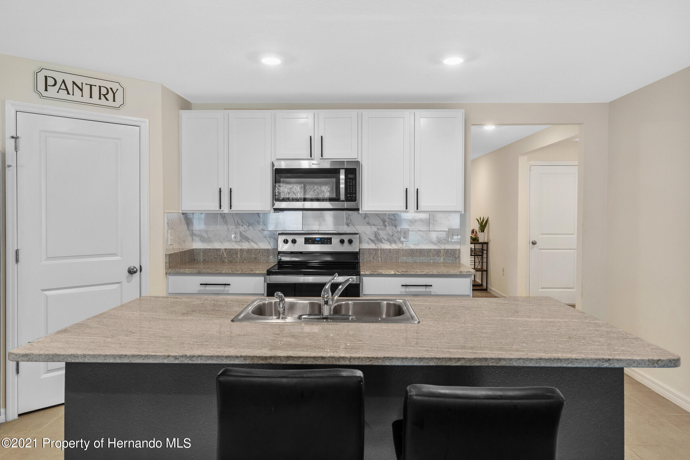 Listing photo id 13 for 3355 Autumn Amber Drive