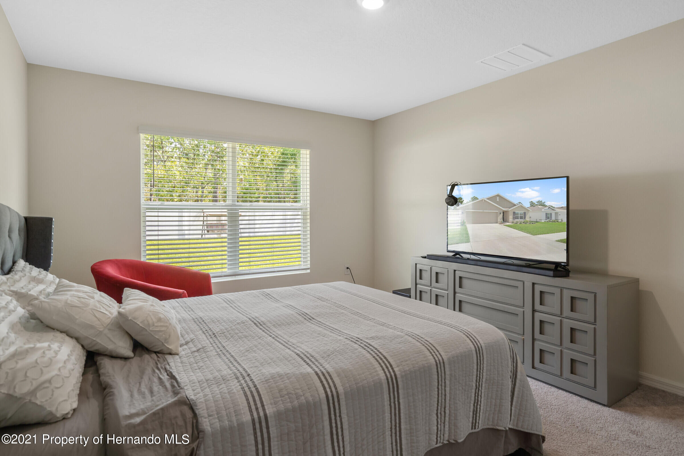 Listing photo id 21 for 3355 Autumn Amber Drive