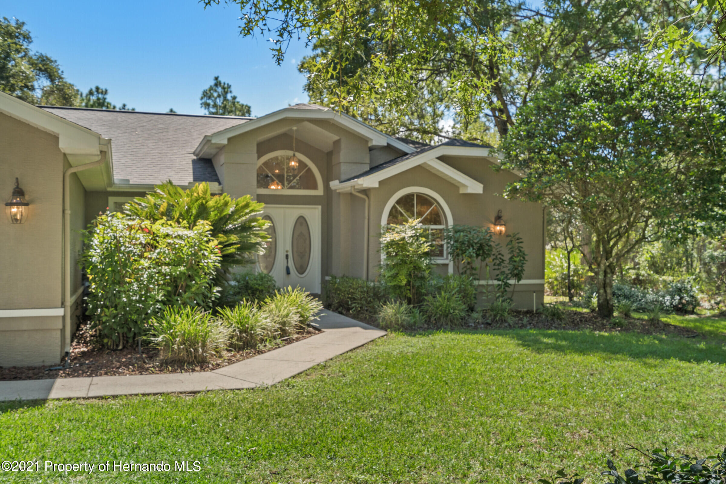 Listing photo id 8 for 4985 N Pink Poppy Drive