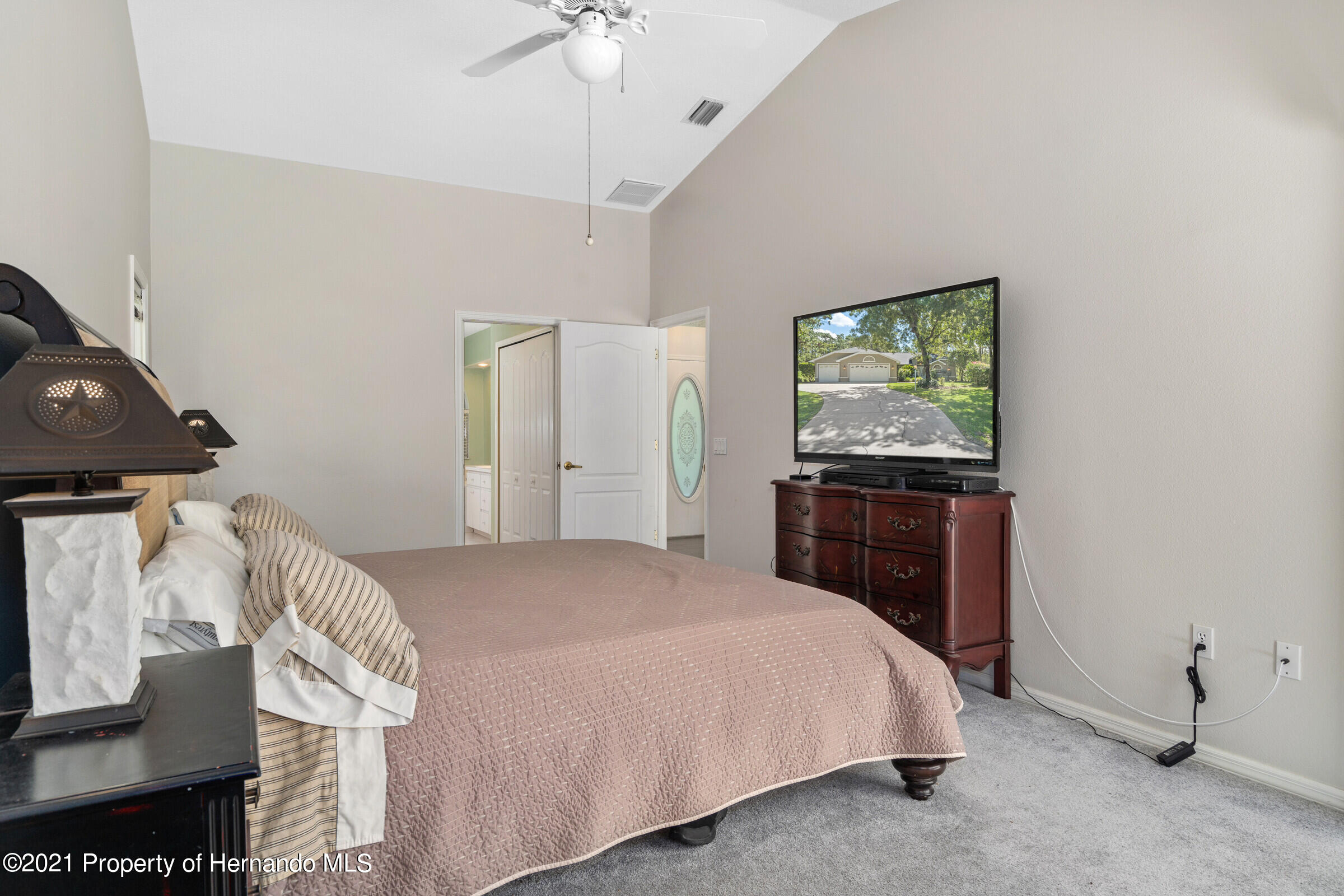 Listing photo id 24 for 4985 N Pink Poppy Drive