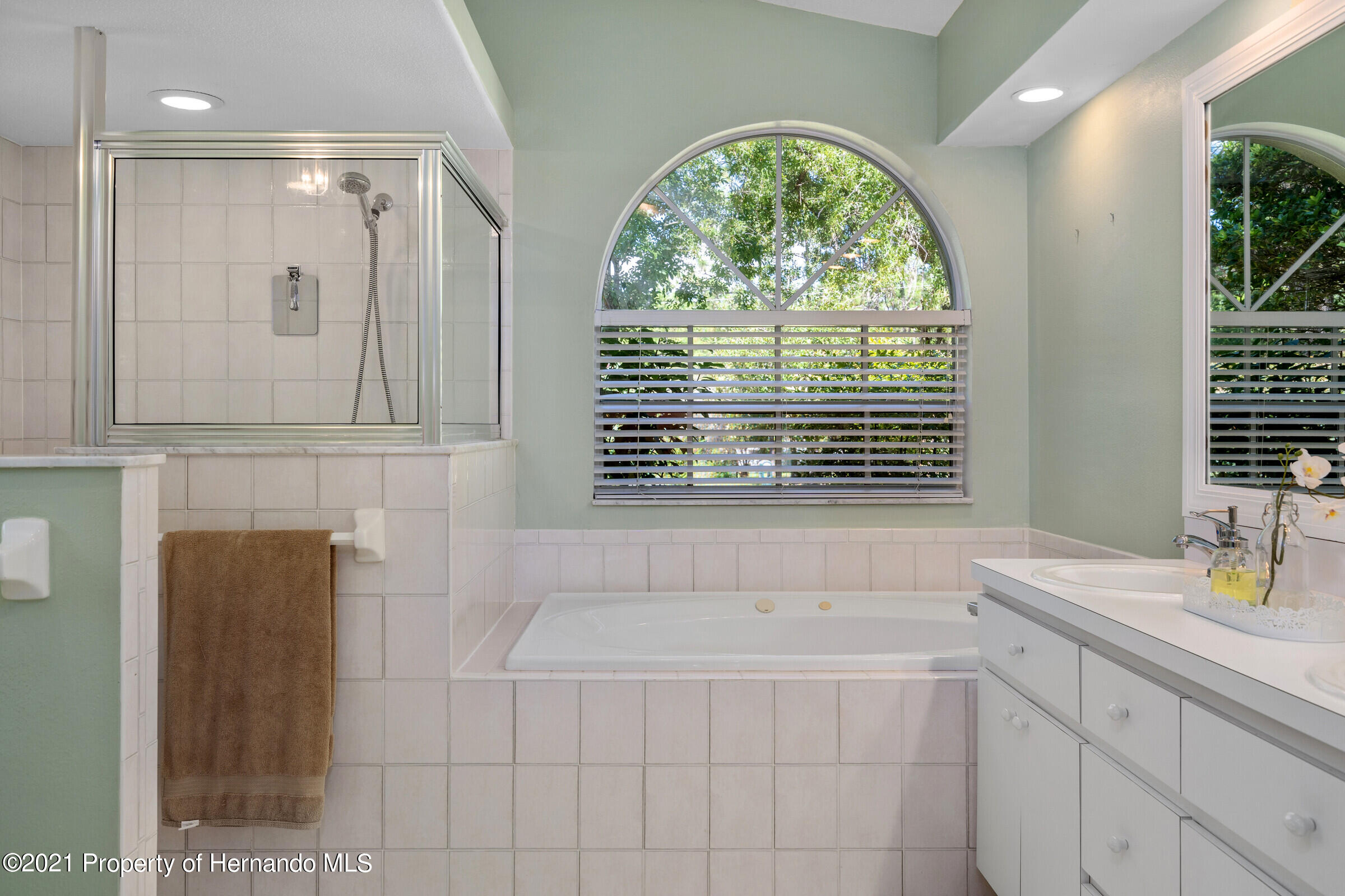 Listing photo id 26 for 4985 N Pink Poppy Drive