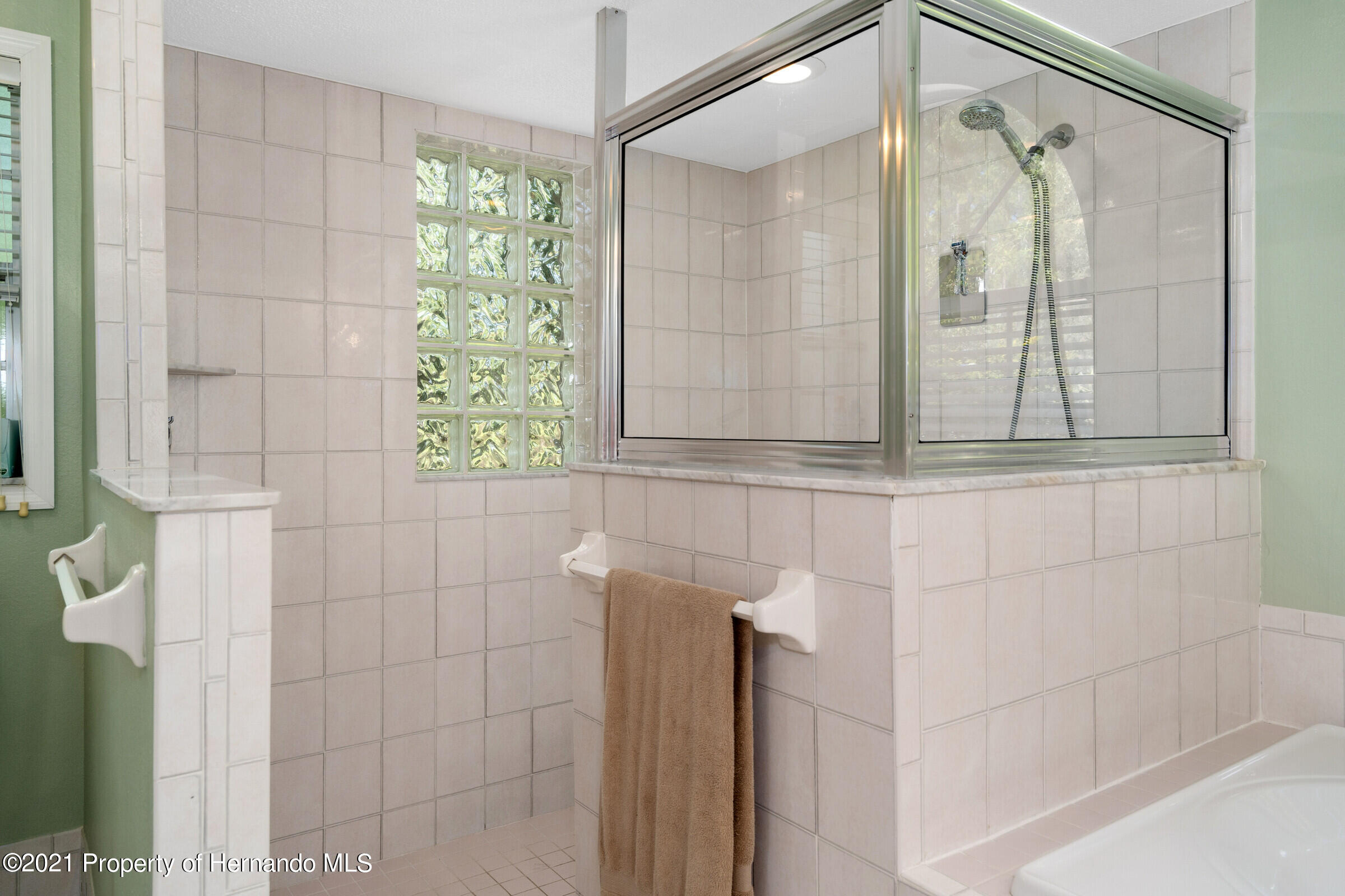 Listing photo id 29 for 4985 N Pink Poppy Drive