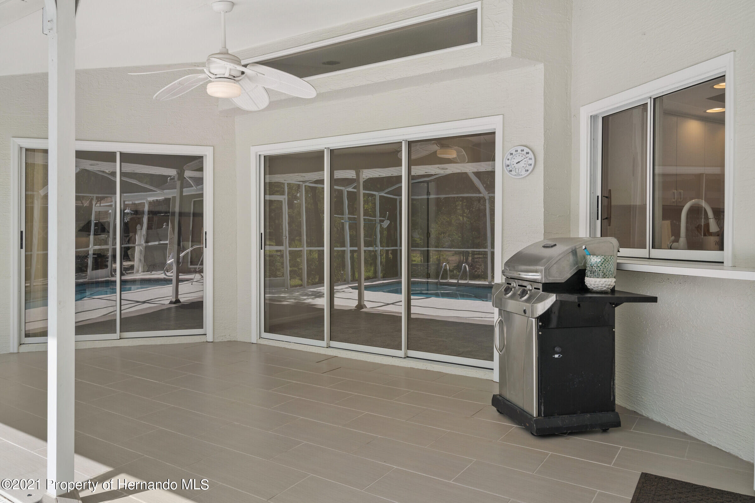 Listing photo id 36 for 4985 N Pink Poppy Drive