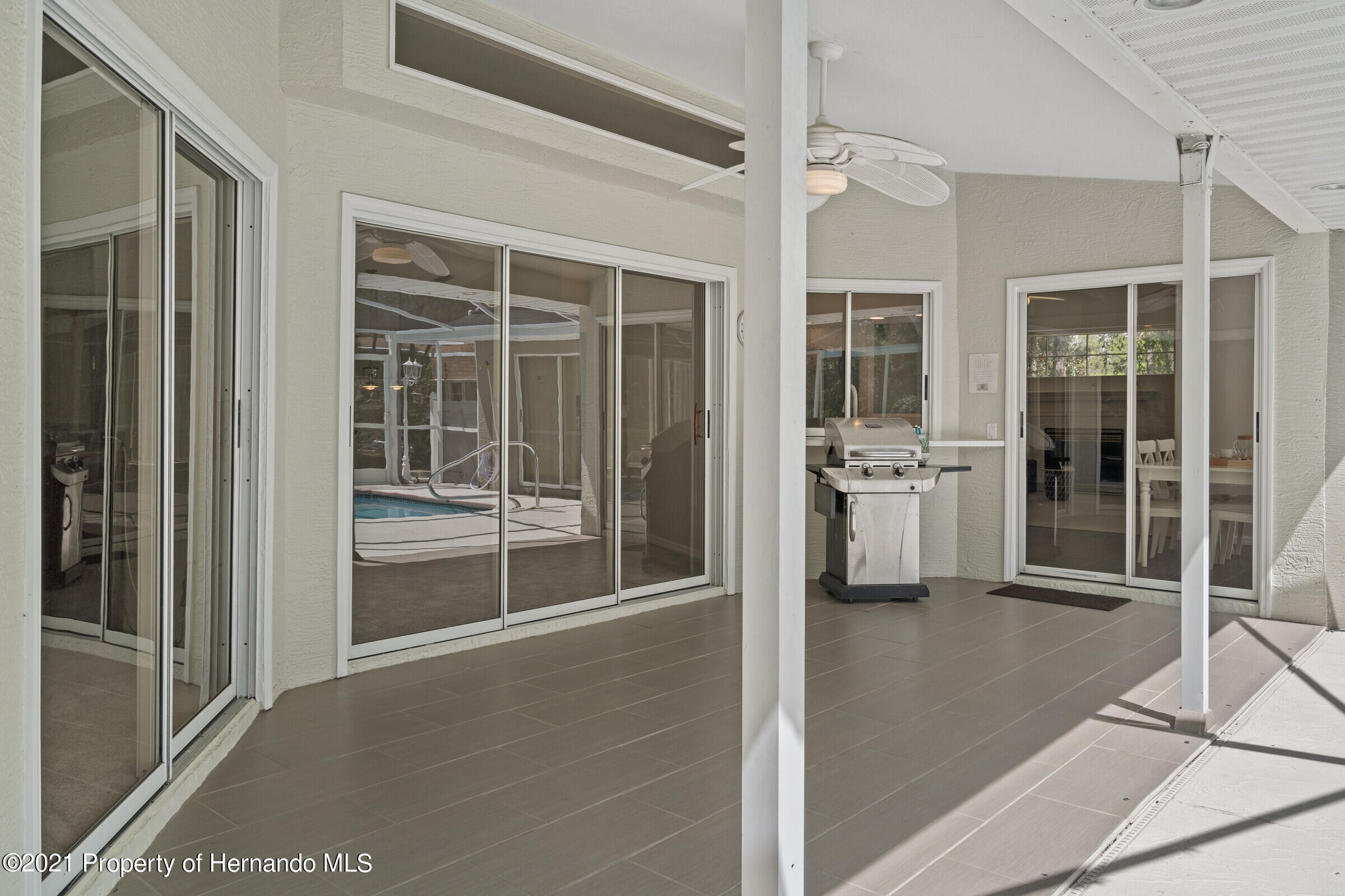 Listing photo id 37 for 4985 N Pink Poppy Drive