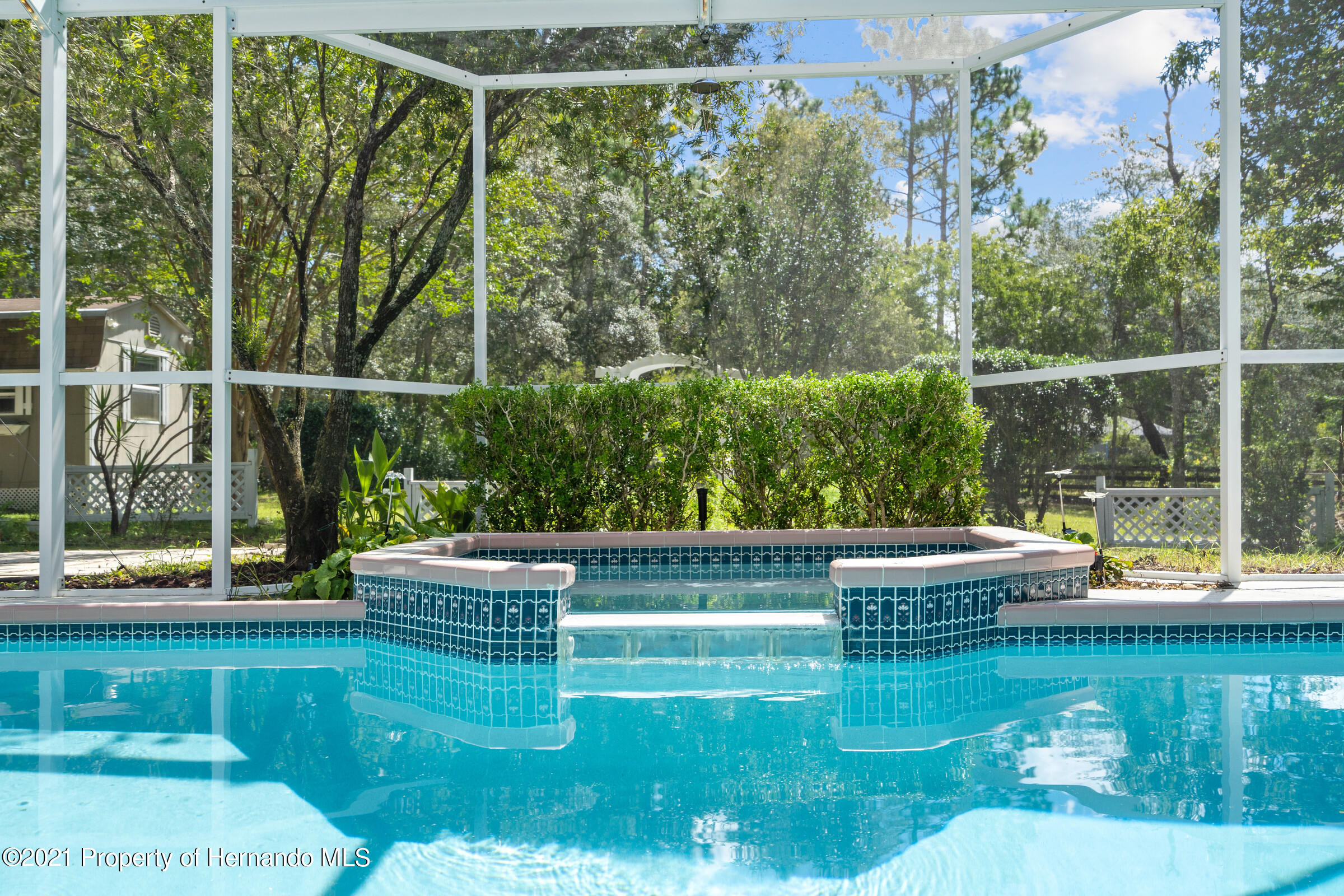 Listing photo id 3 for 4985 N Pink Poppy Drive