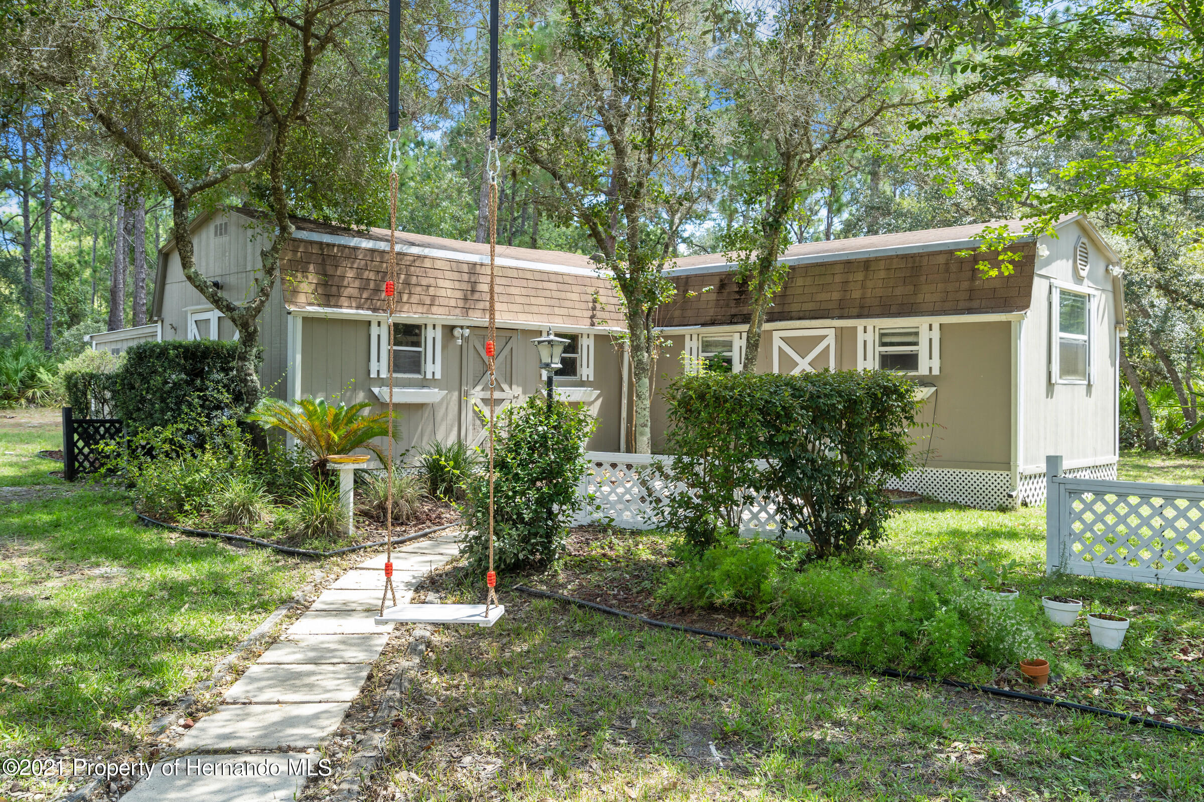 Listing photo id 41 for 4985 N Pink Poppy Drive