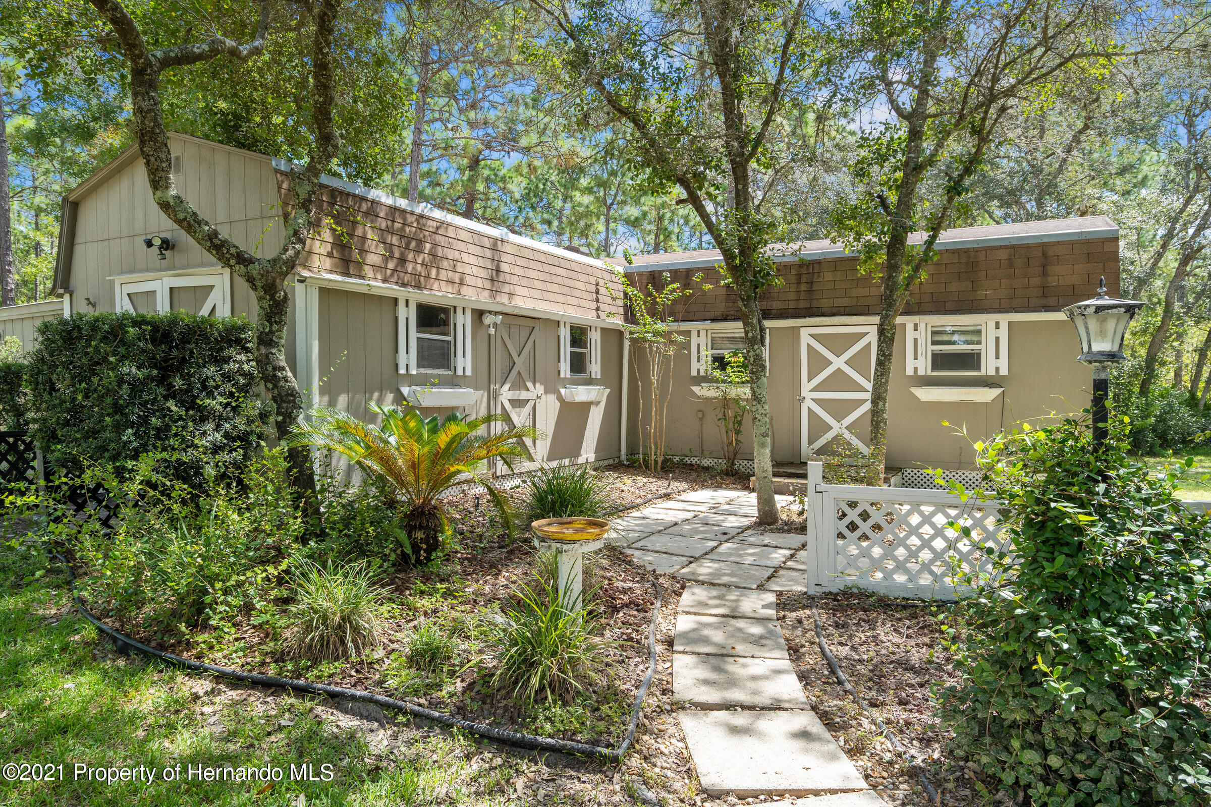 Listing photo id 7 for 4985 N Pink Poppy Drive