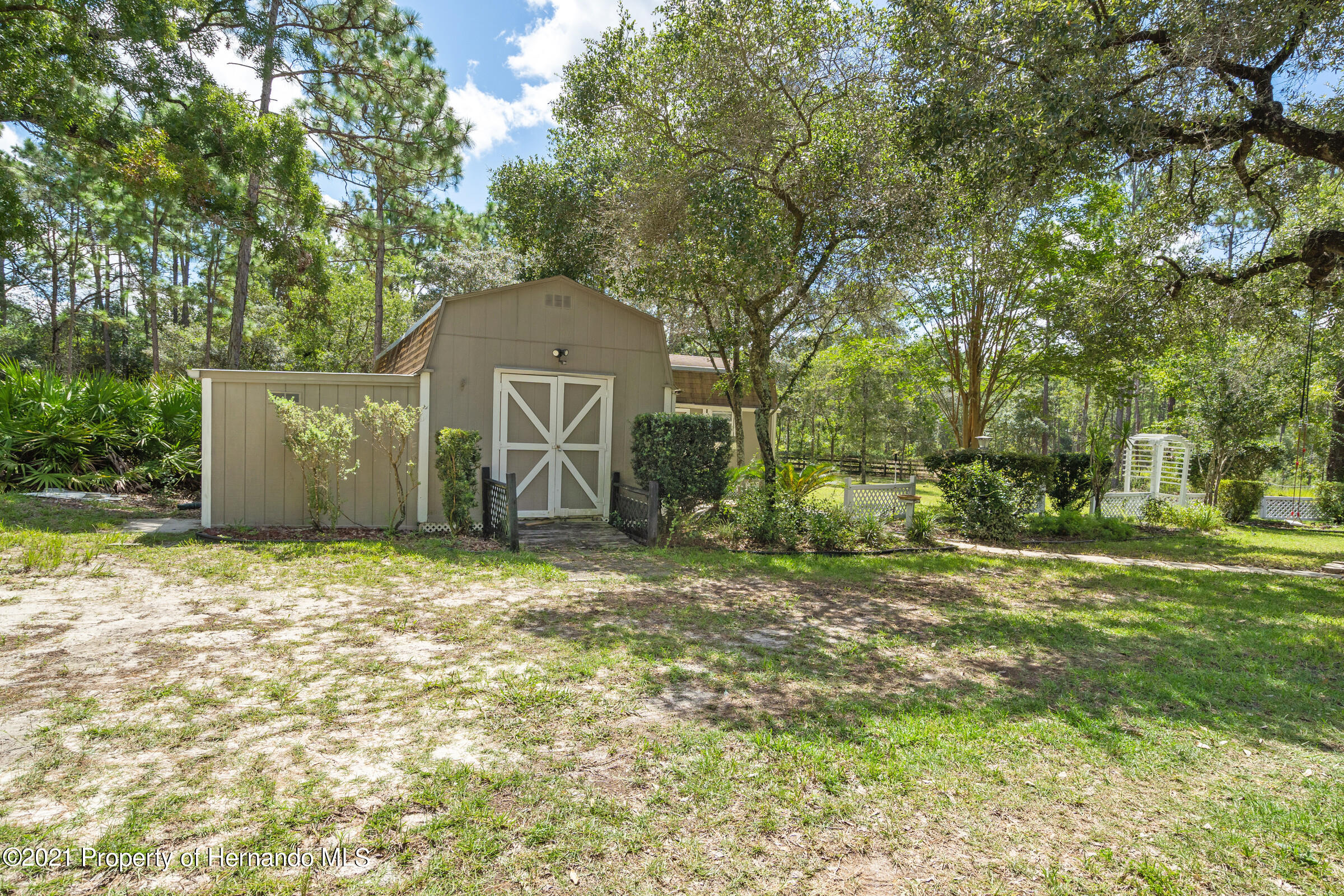 Listing photo id 42 for 4985 N Pink Poppy Drive