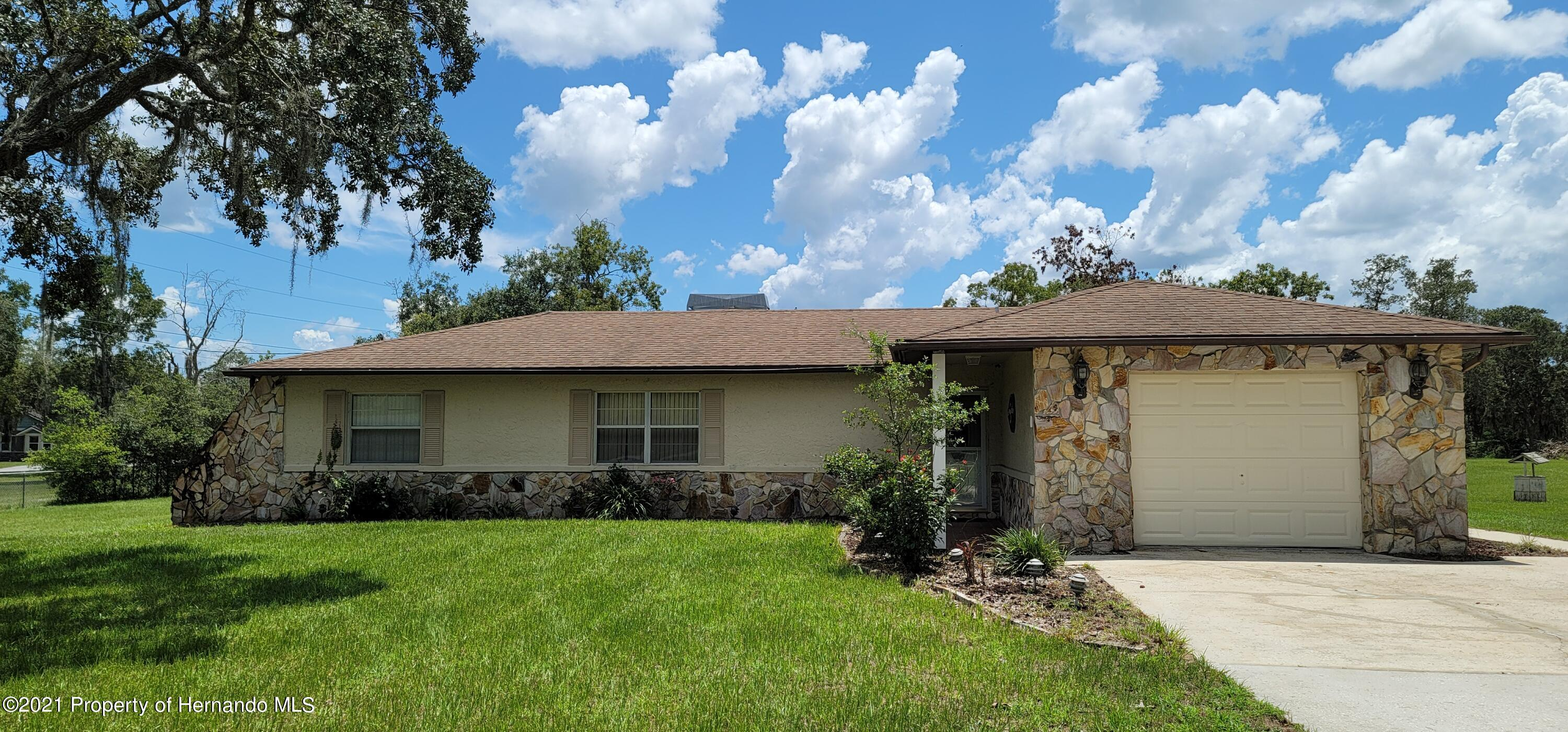 Details for 16630 Laura Lee Drive, Spring Hill Pasco, FL 34610